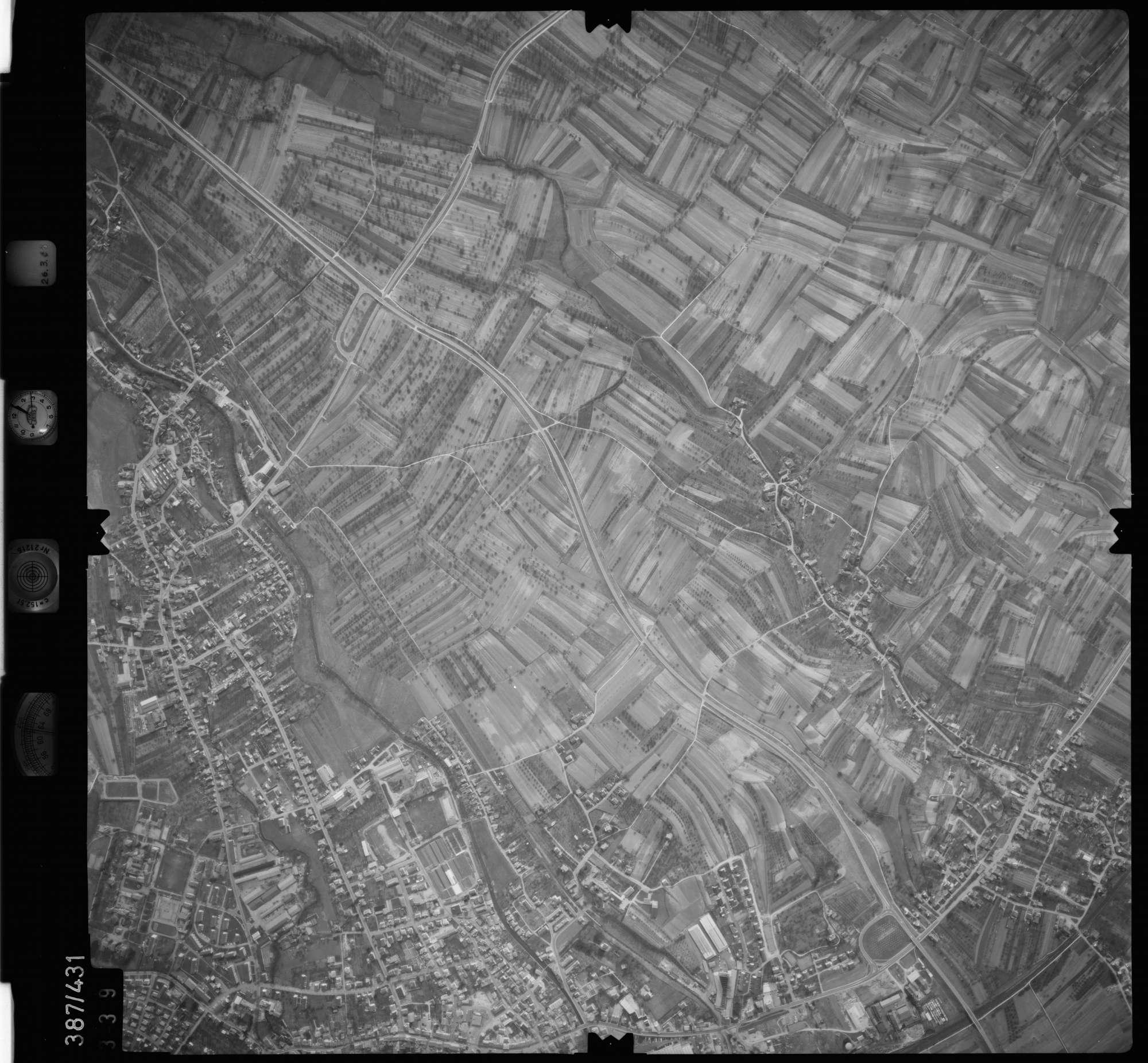 Luftbild: Film 20 Bildnr. 339, Bild 1