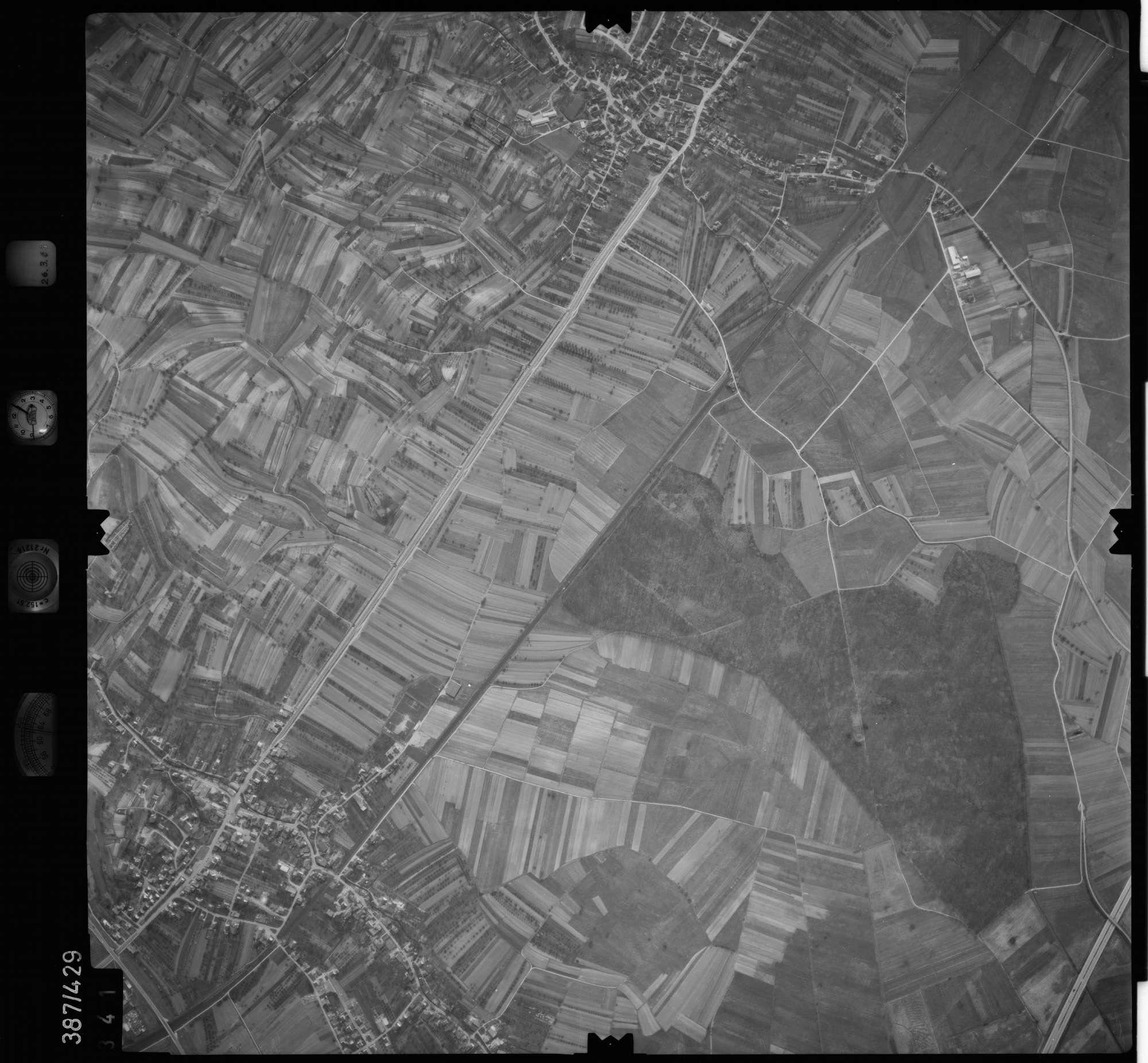 Luftbild: Film 20 Bildnr. 341, Bild 1