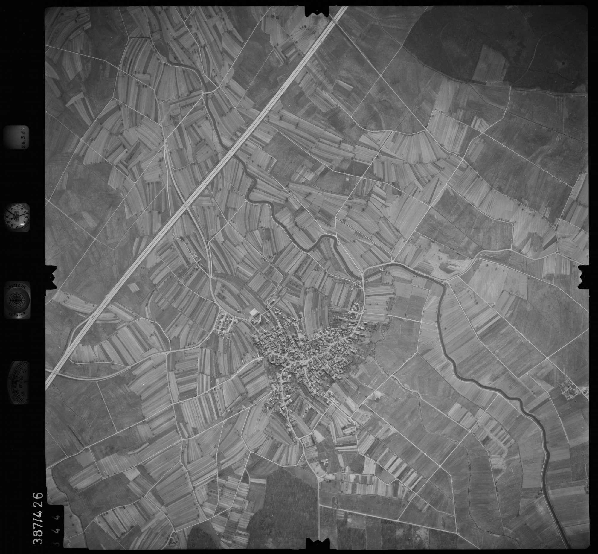 Luftbild: Film 20 Bildnr. 344, Bild 1