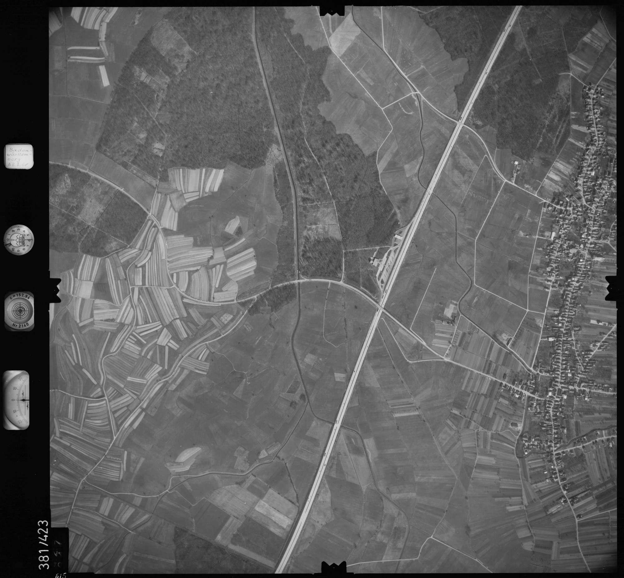Luftbild: Film 24 Bildnr. 615, Bild 1
