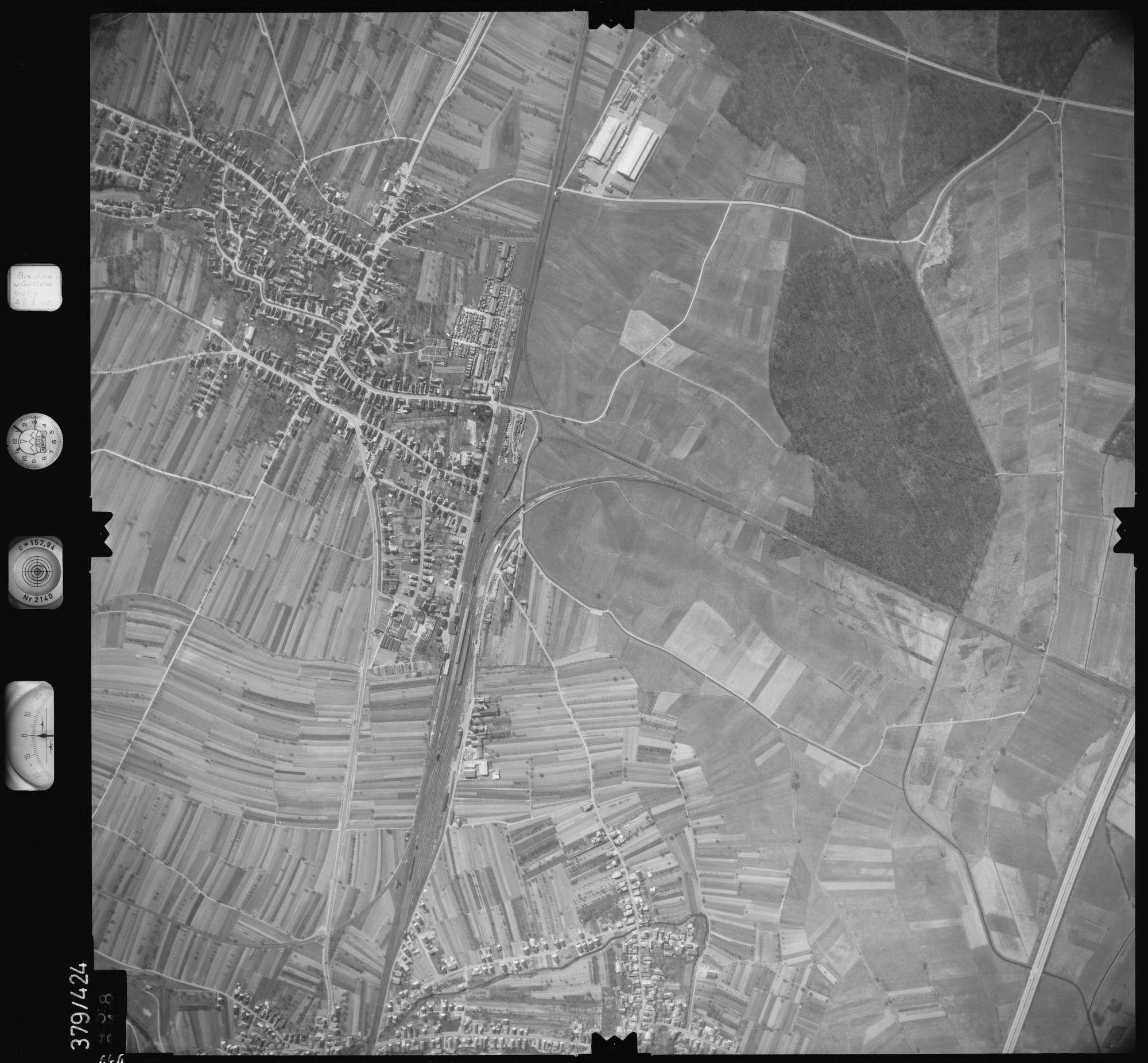 Luftbild: Film 24 Bildnr. 646, Bild 1