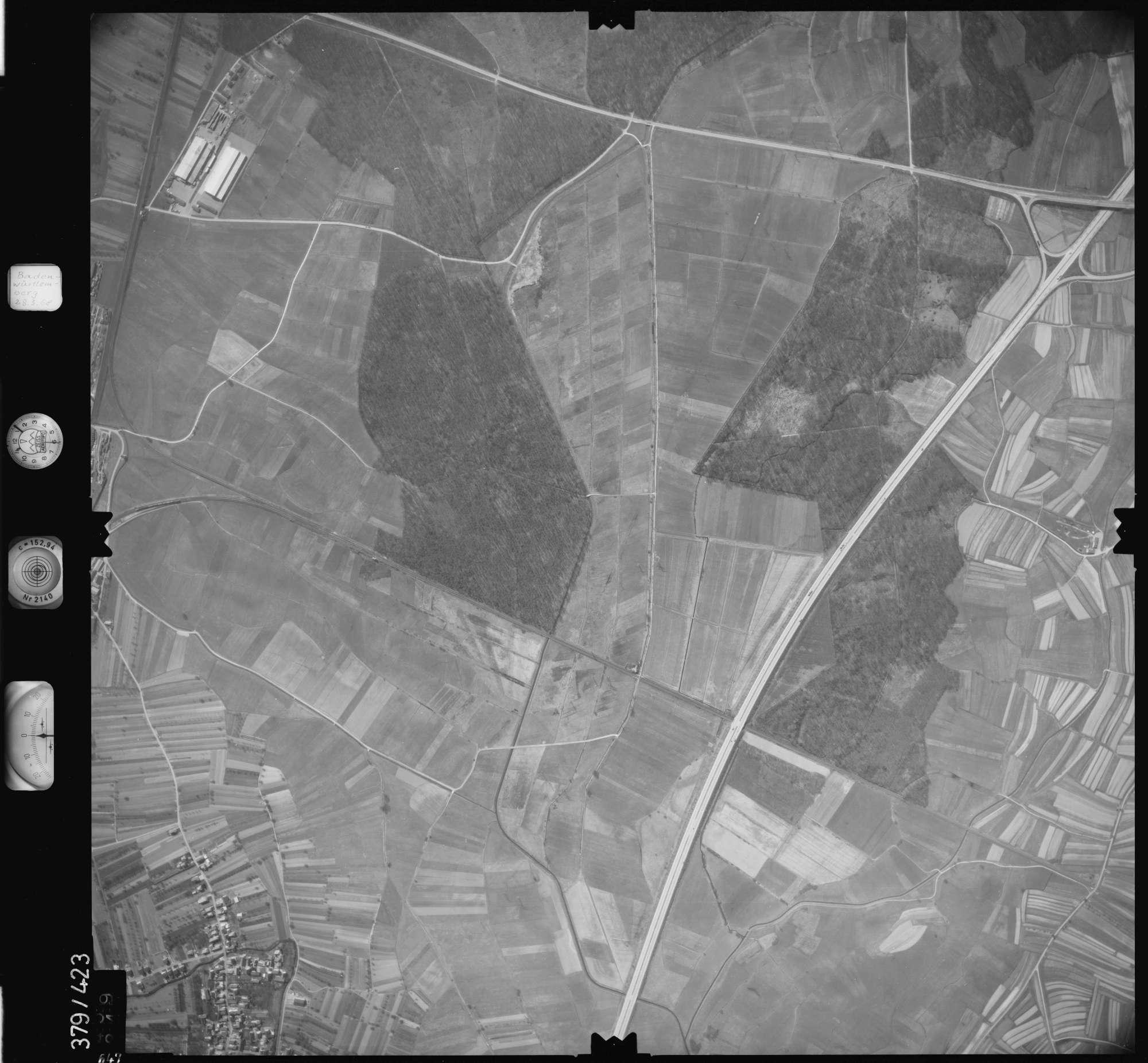 Luftbild: Film 24 Bildnr. 647, Bild 1