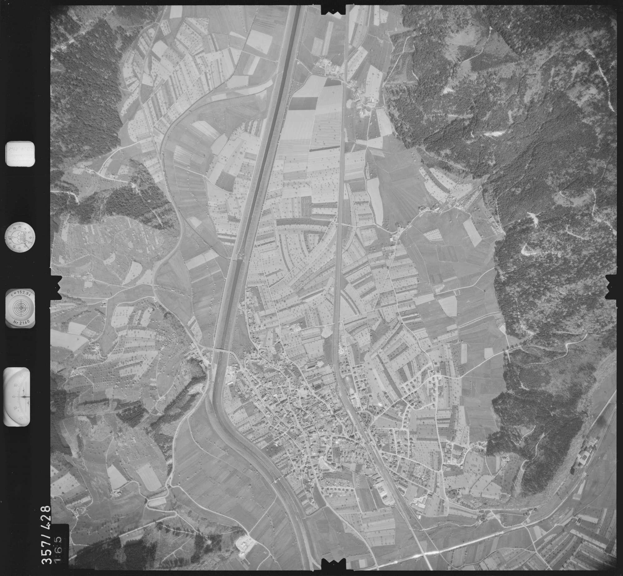 Luftbild: Film 11 Bildnr. 165, Bild 1