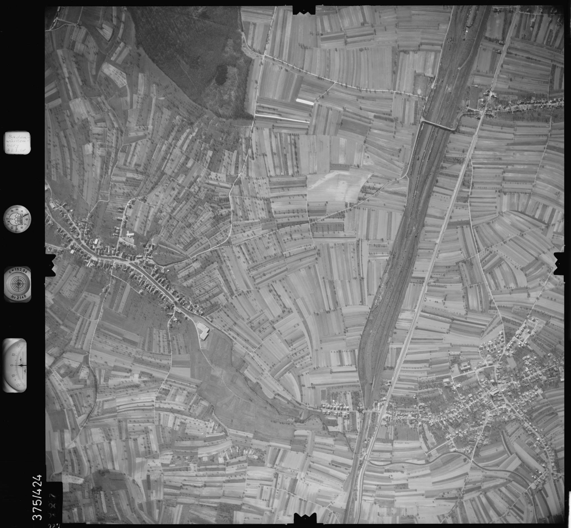 Luftbild: Film 28 Bildnr. 327, Bild 1