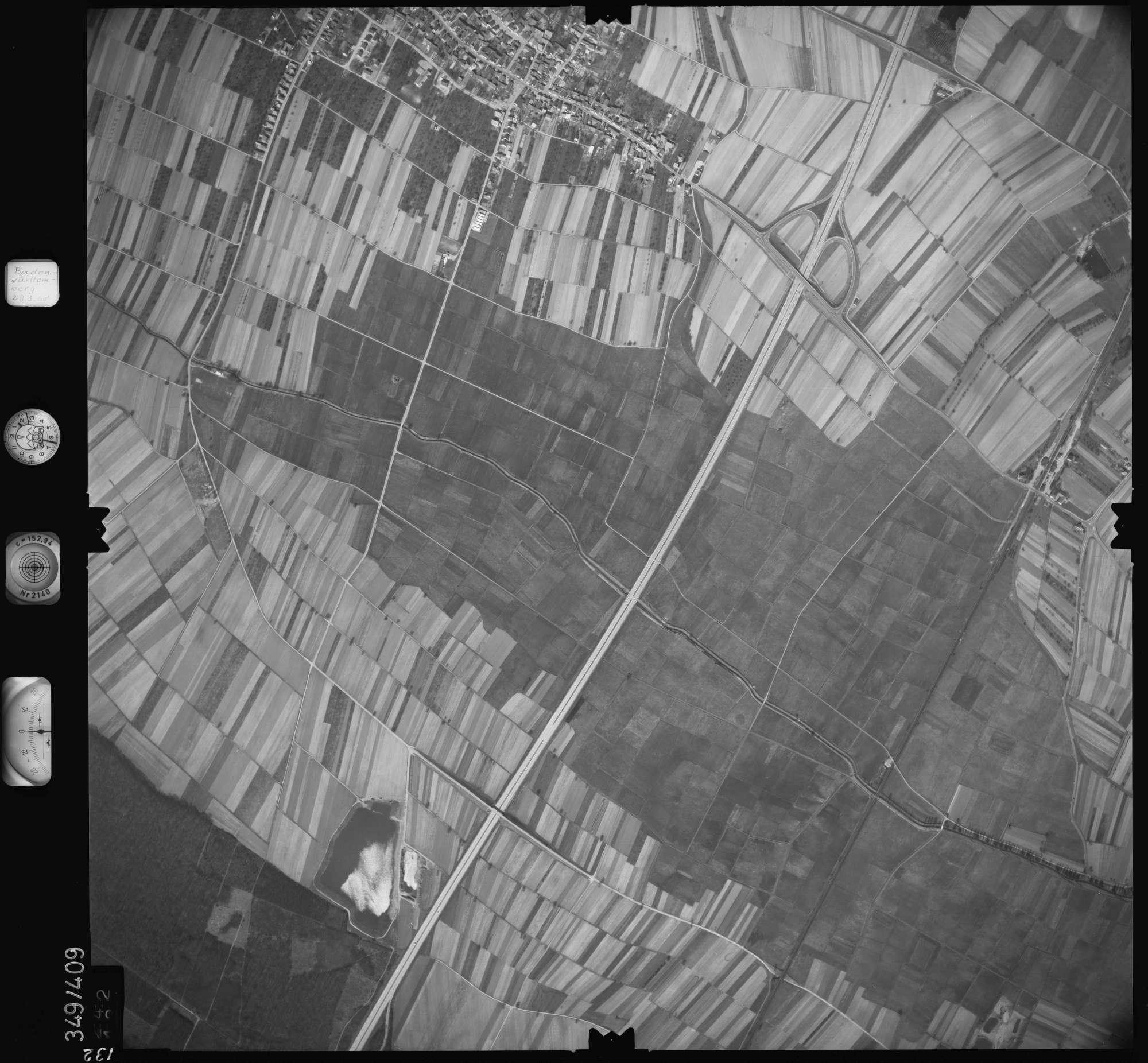 Luftbild: Film 36 Bildnr. 132, Bild 1