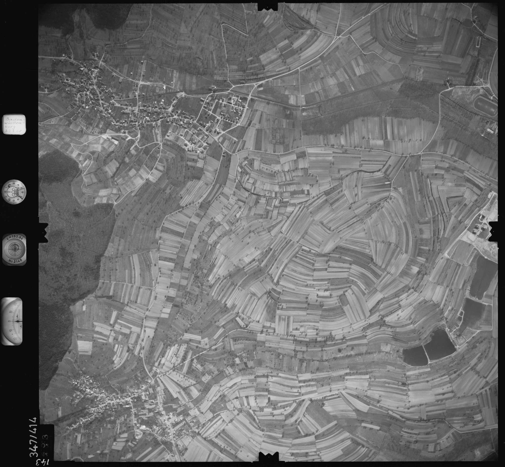 Luftbild: Film 36 Bildnr. 143, Bild 1