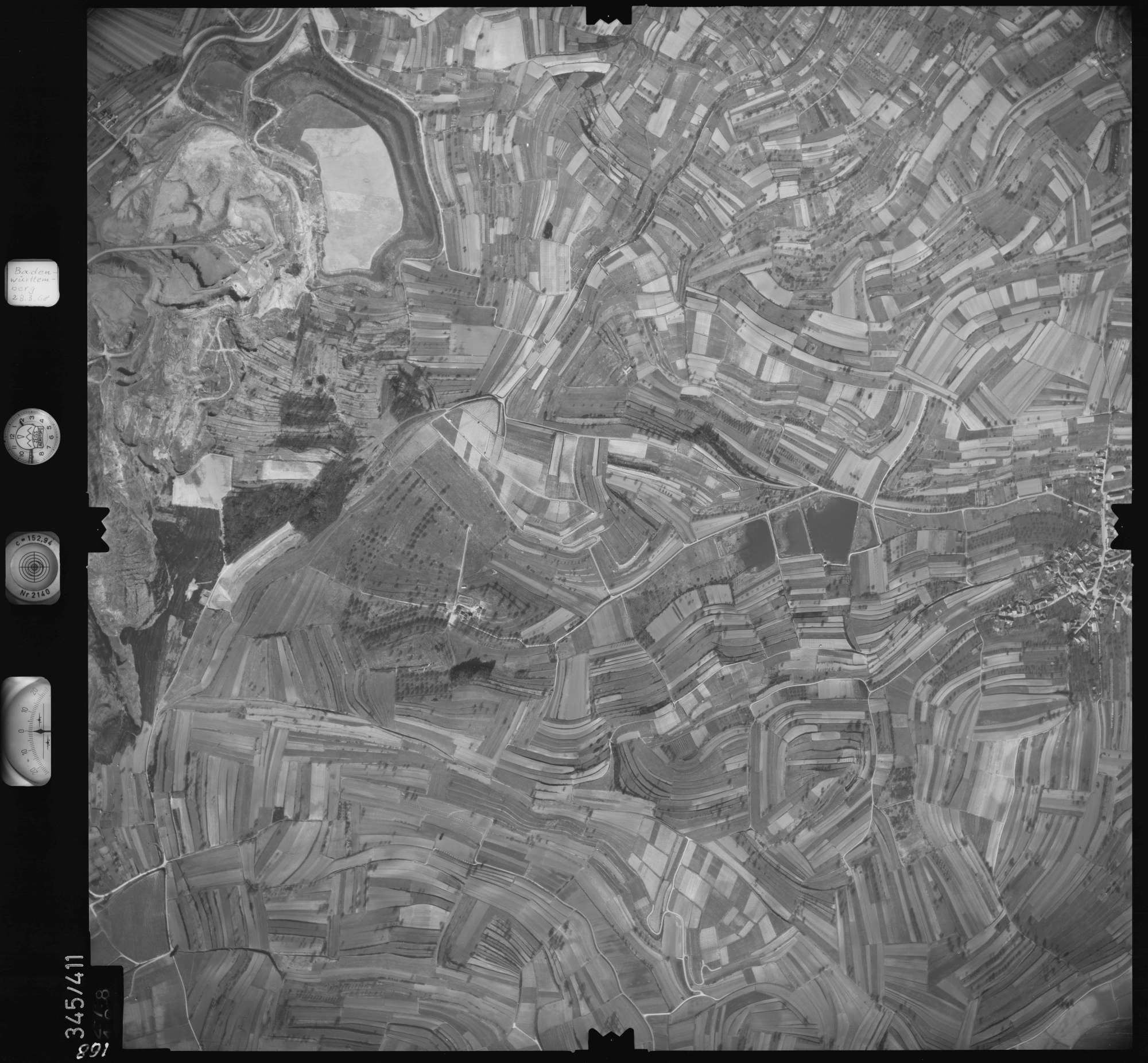 Luftbild: Film 36 Bildnr. 168, Bild 1