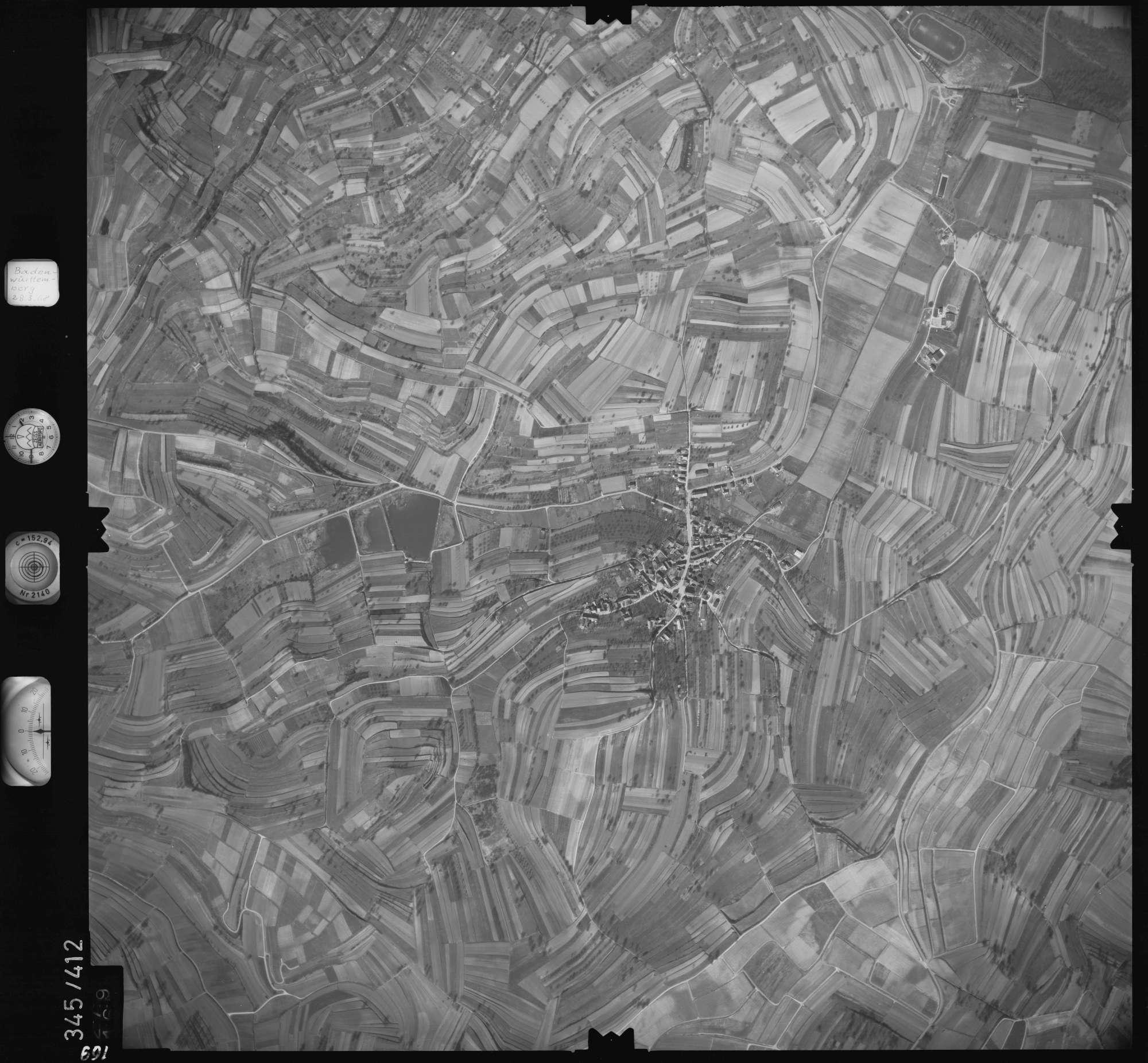 Luftbild: Film 36 Bildnr. 169, Bild 1