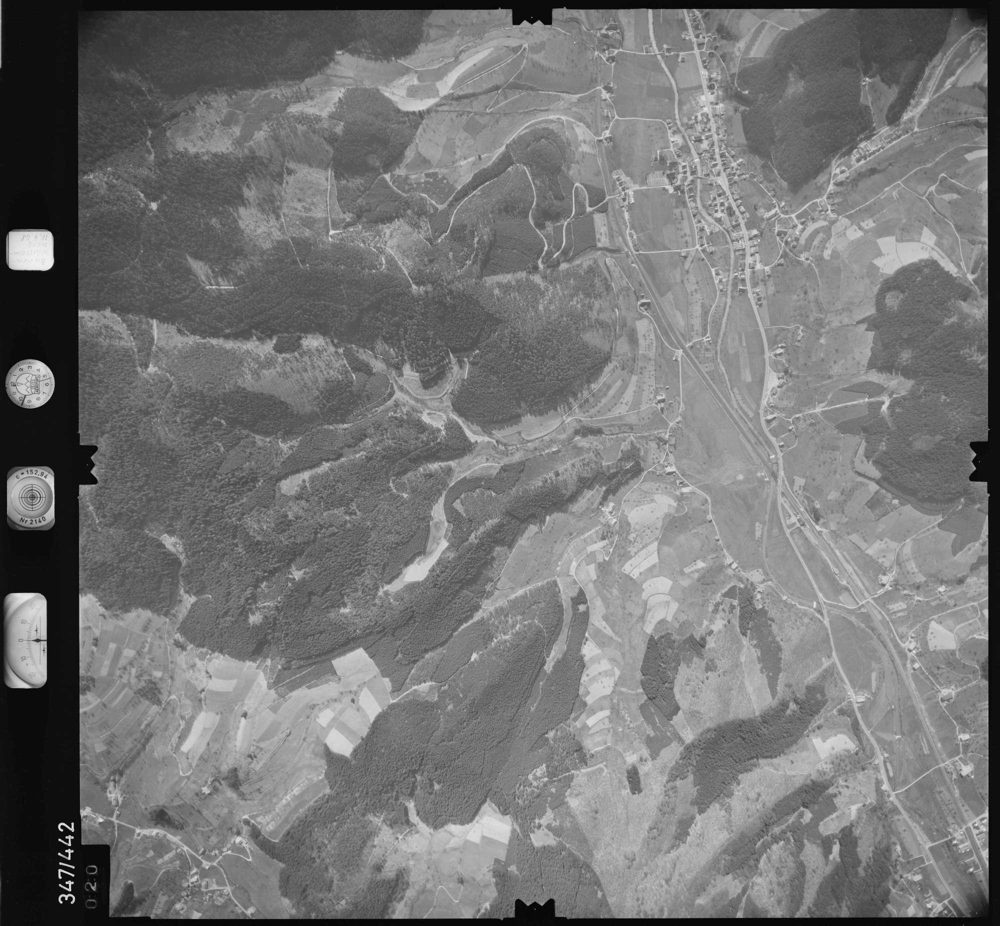 Luftbild: Film 37 Bildnr. 20, Bild 1