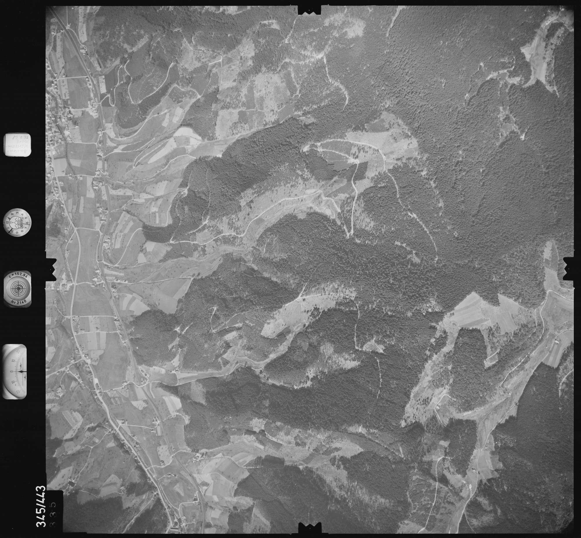 Luftbild: Film 89 Bildnr. 335, Bild 1