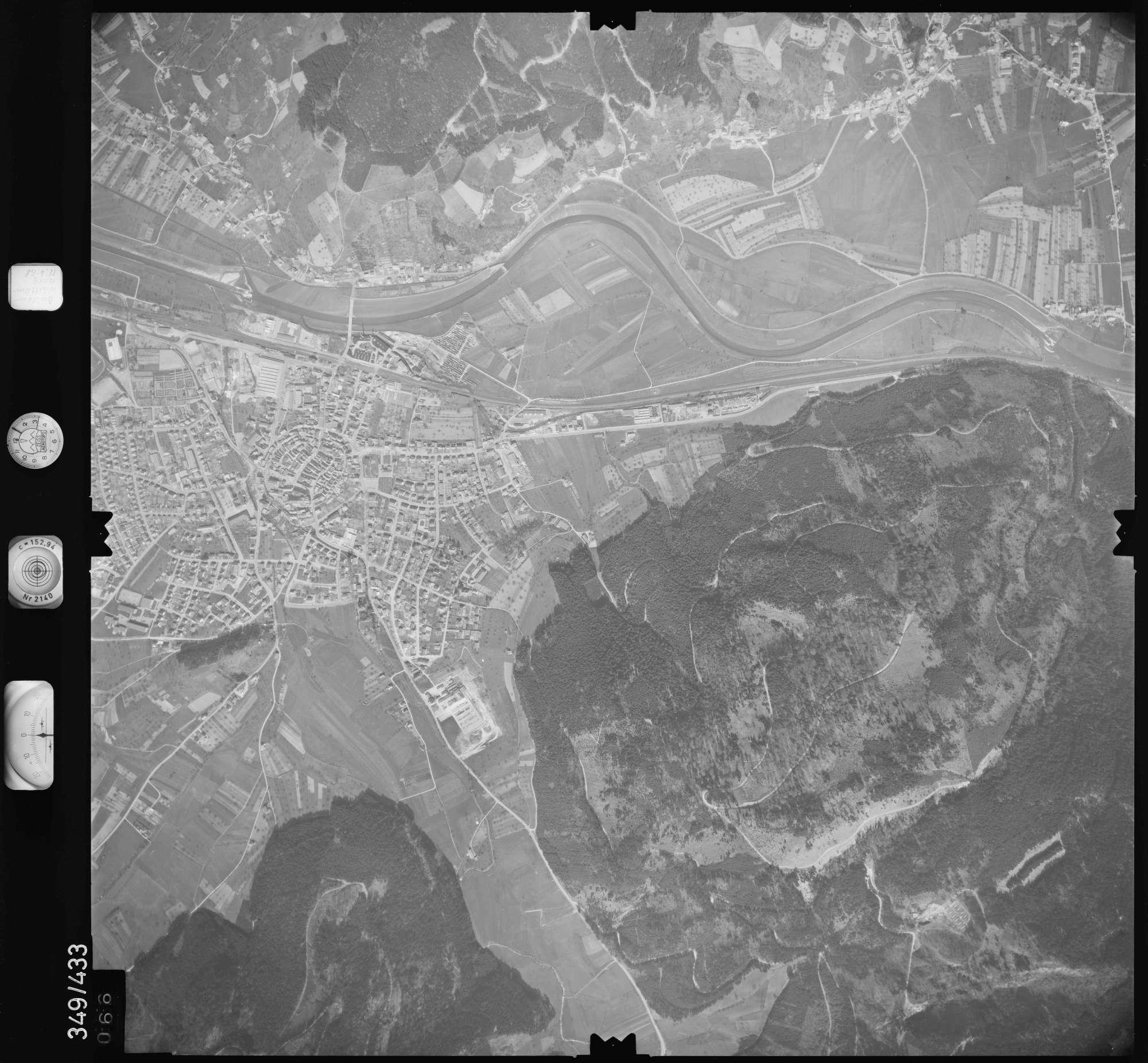 Luftbild: Film 37 Bildnr. 66, Bild 1