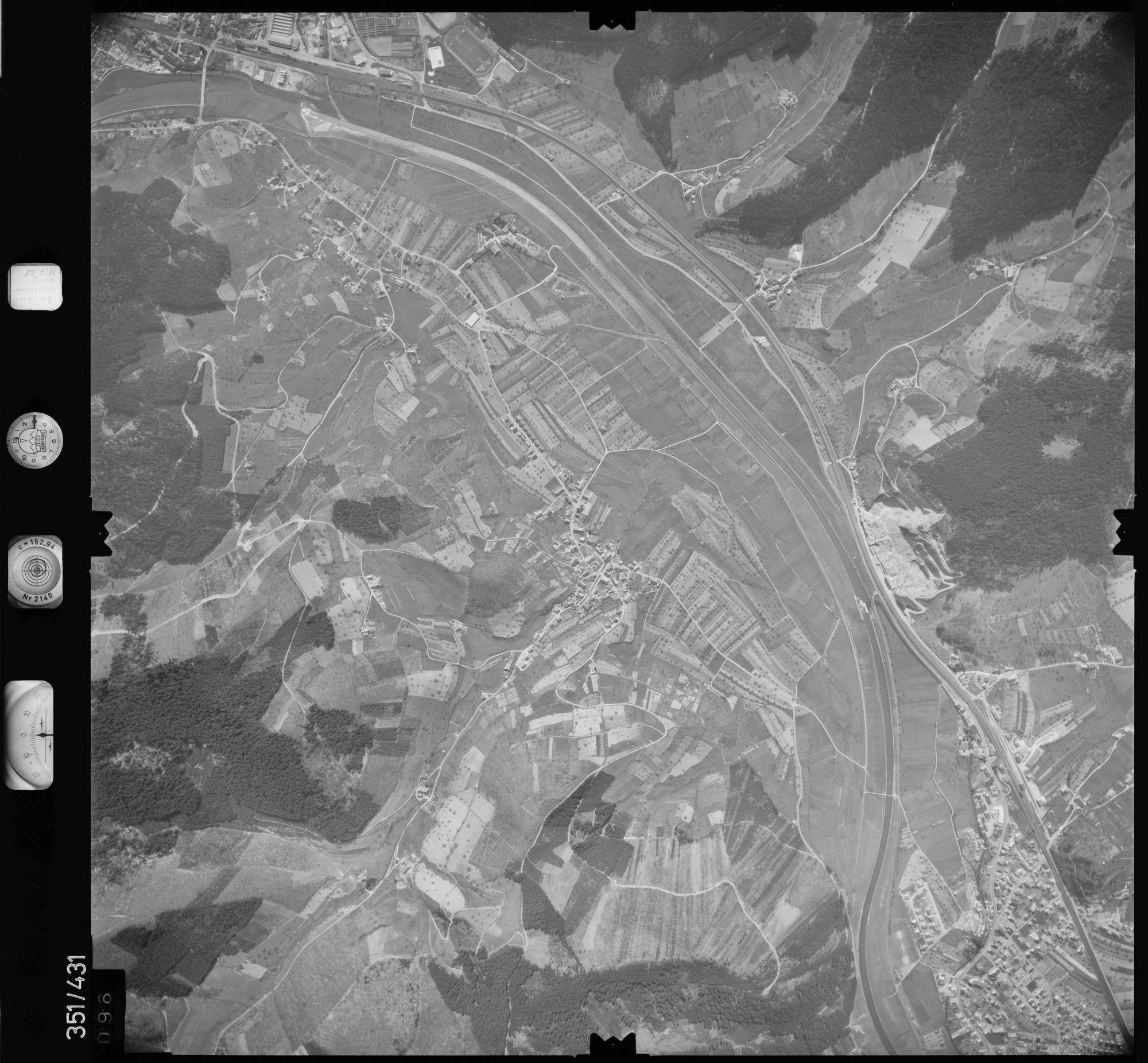Luftbild: Film 37 Bildnr. 96, Bild 1