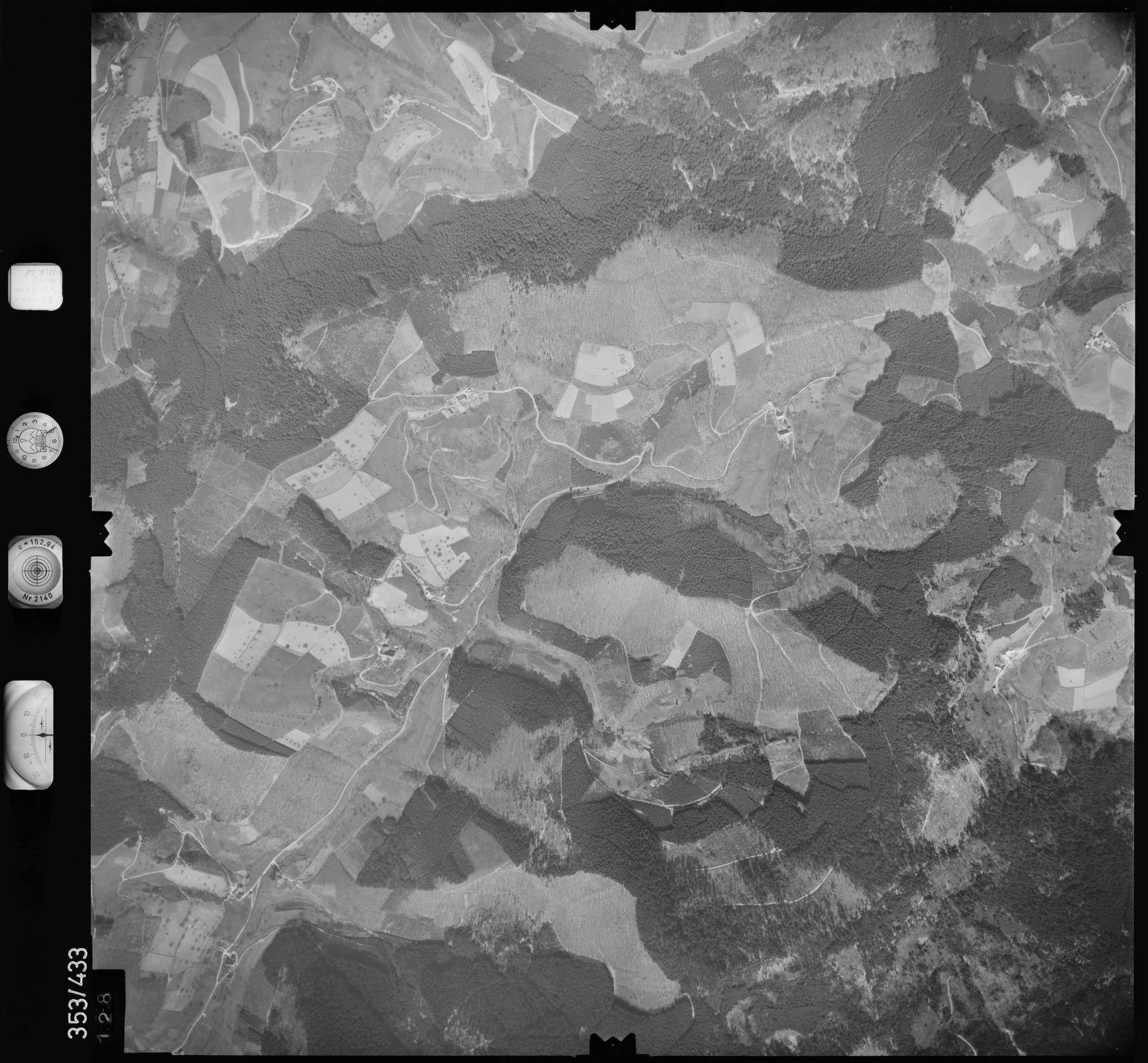Luftbild: Film 37 Bildnr. 128, Bild 1