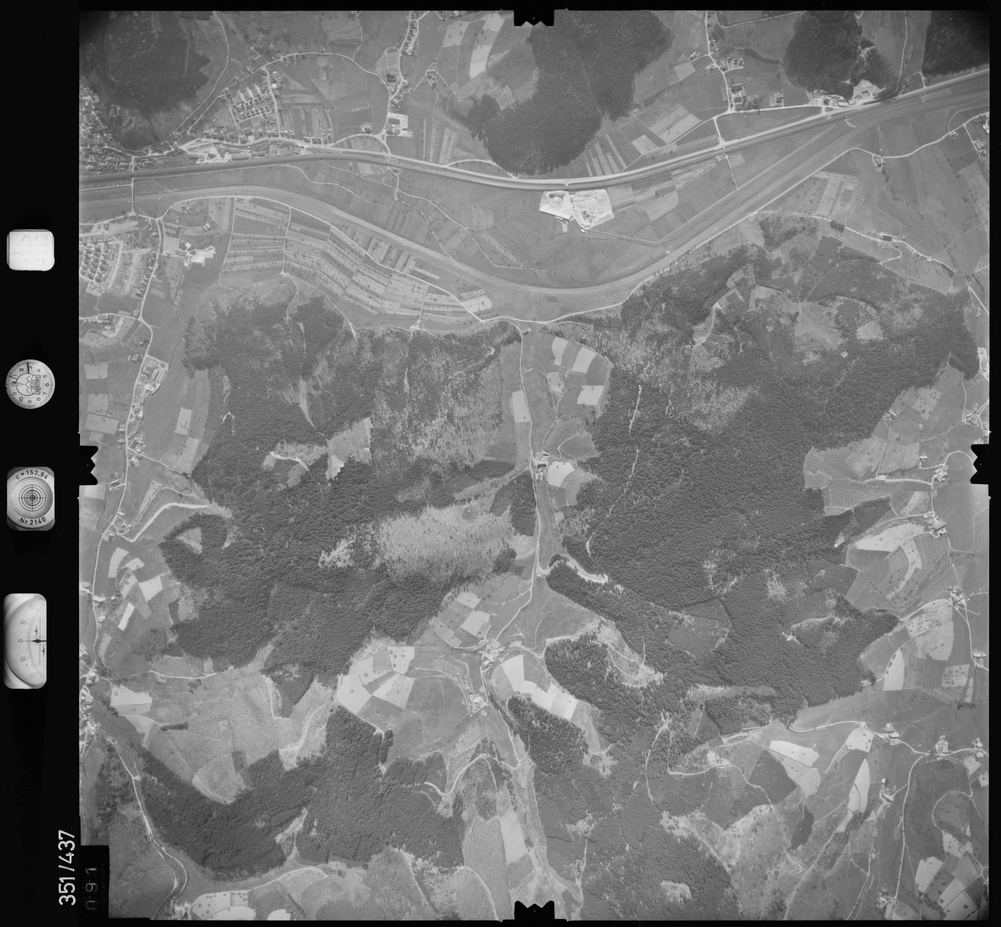 Luftbild: Film 37 Bildnr. 91, Bild 1