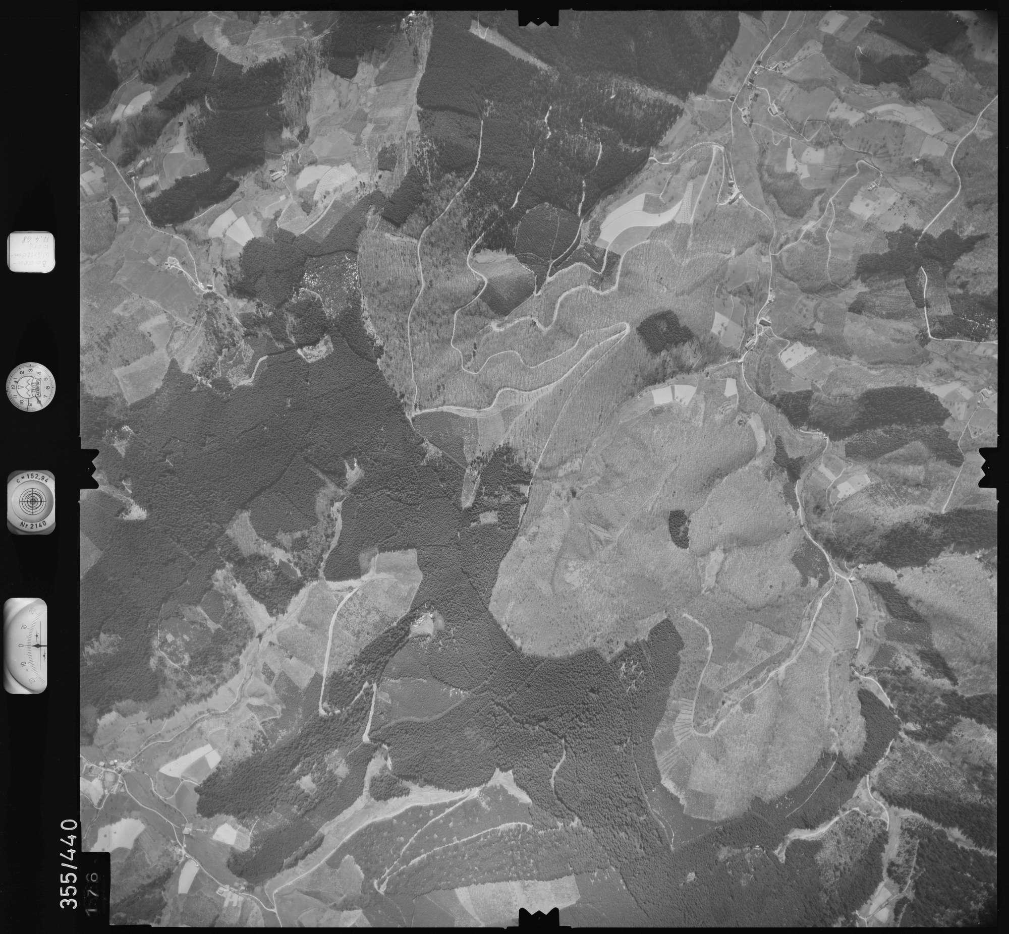 Luftbild: Film 37 Bildnr. 176, Bild 1