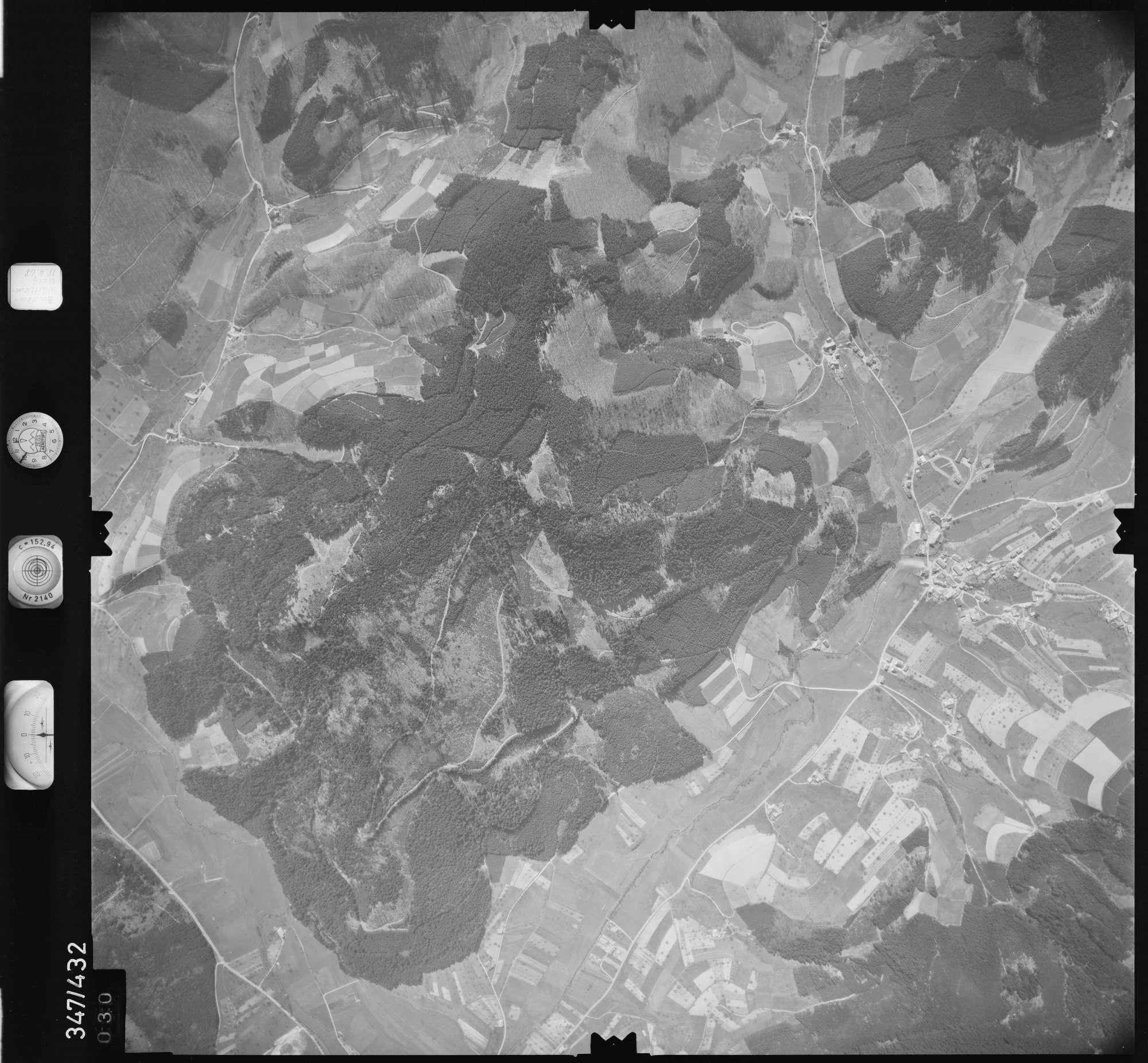 Luftbild: Film 37 Bildnr. 30, Bild 1