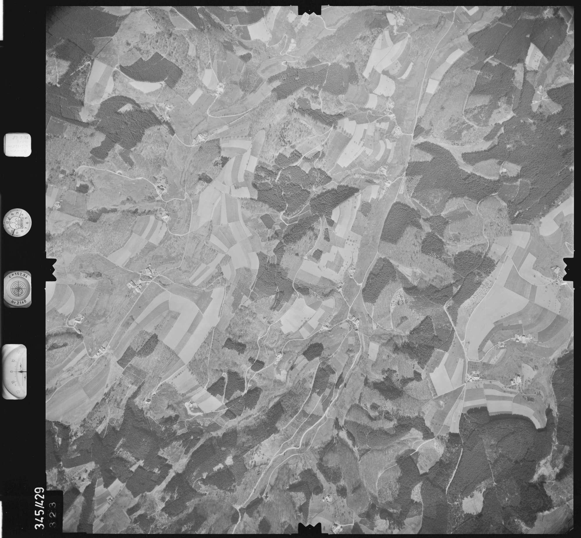 Luftbild: Film 89 Bildnr. 323, Bild 1