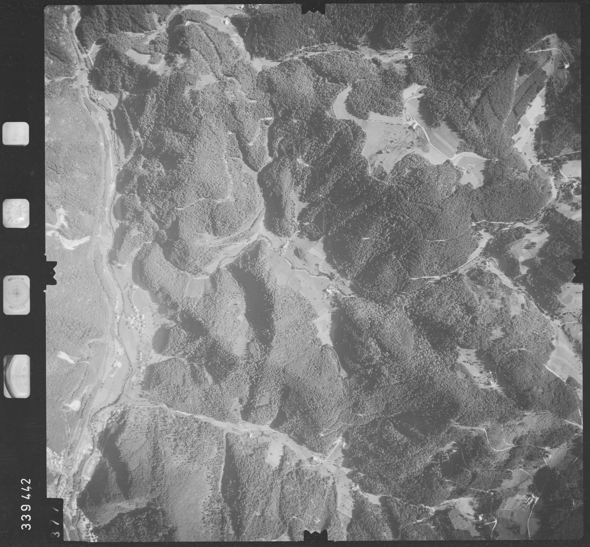 Luftbild: Film 48 Bildnr. 377, Bild 1