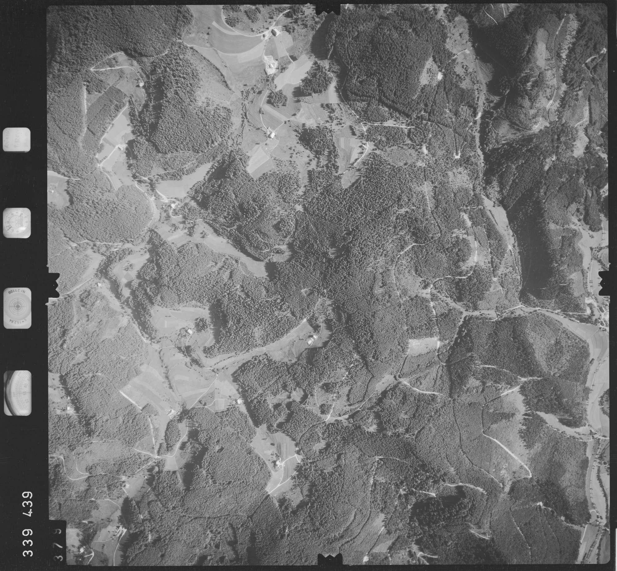 Luftbild: Film 48 Bildnr. 379, Bild 1