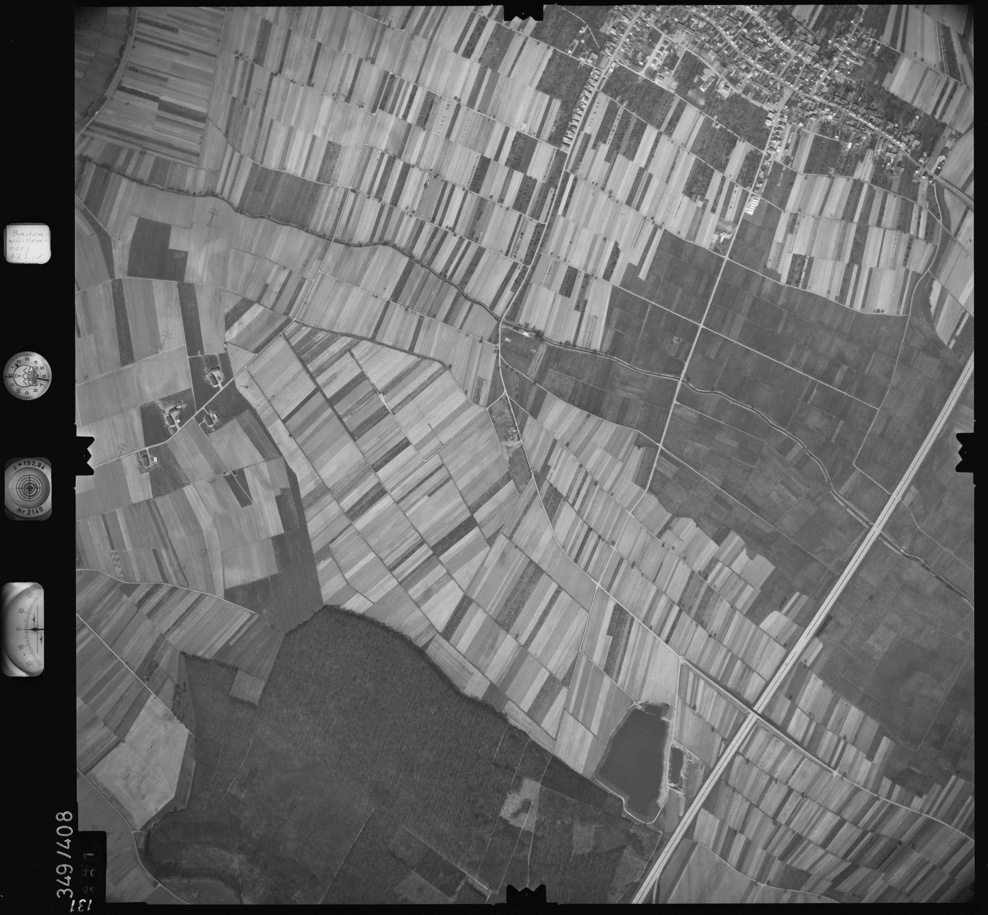 Luftbild: Film 36 Bildnr. 131, Bild 1