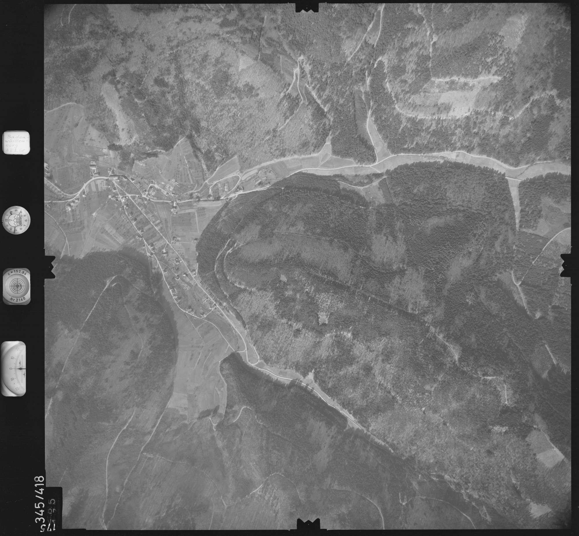 Luftbild: Film 36 Bildnr. 175, Bild 1
