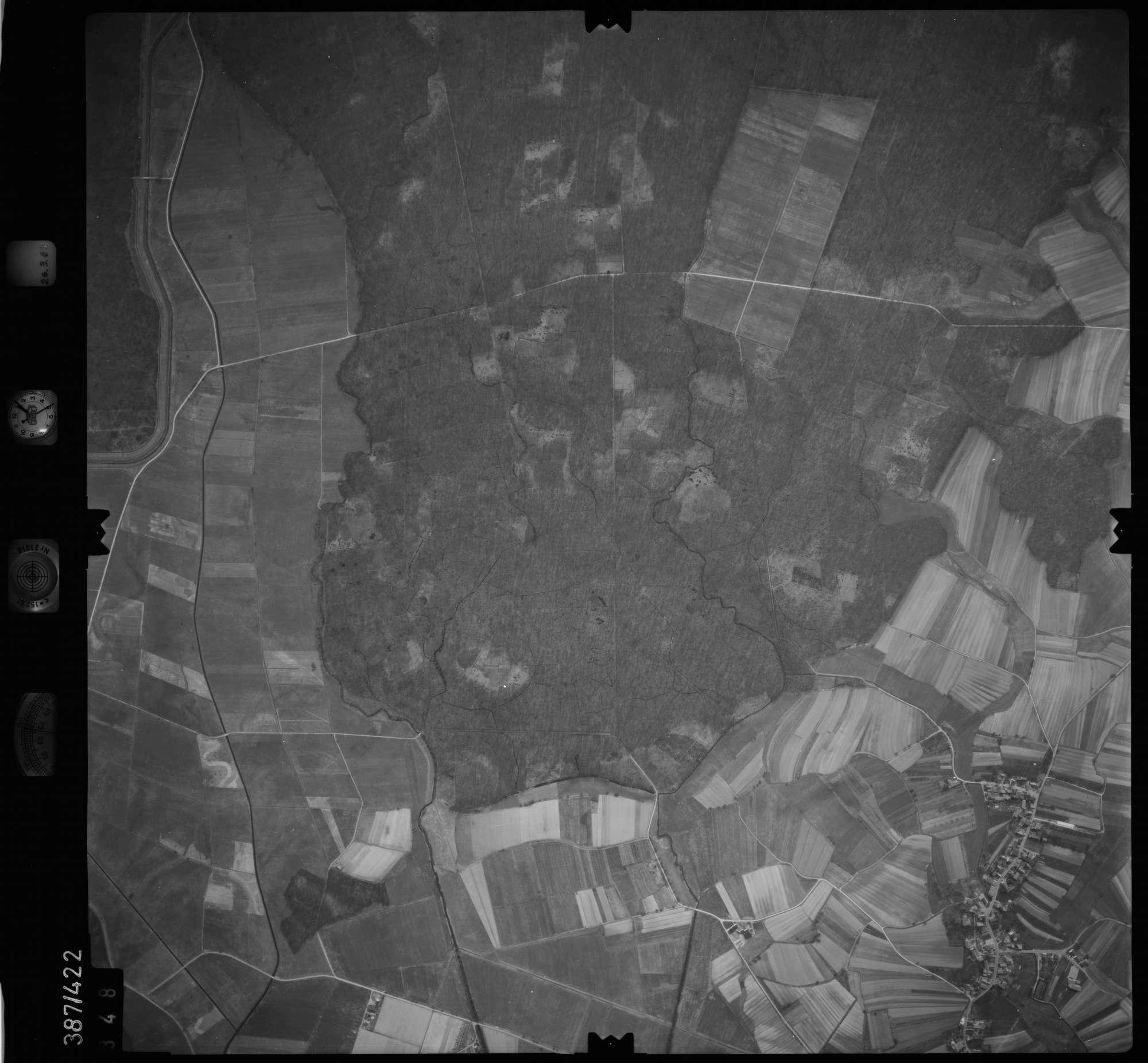 Luftbild: Film 20 Bildnr. 348, Bild 1