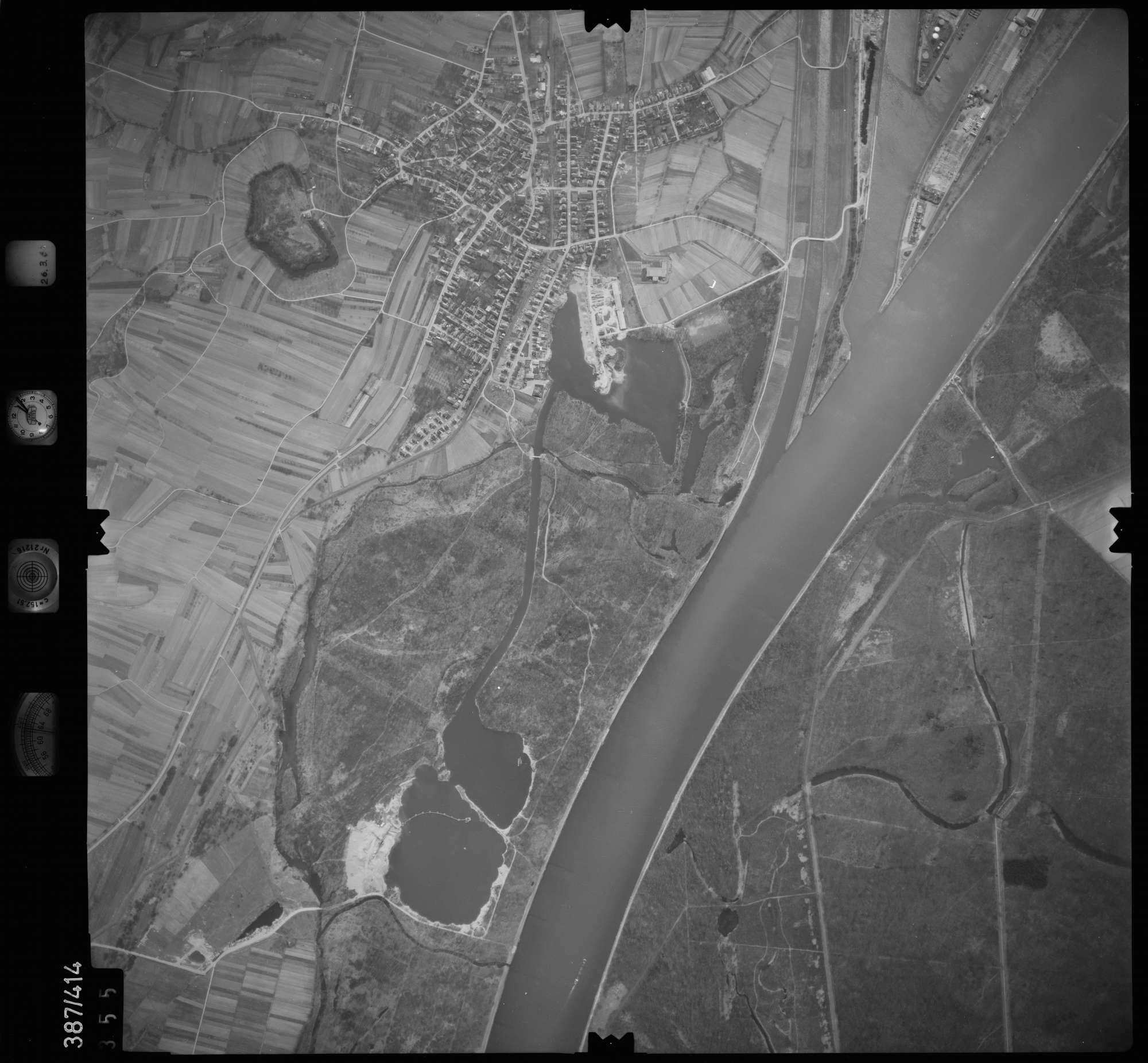 Luftbild: Film 20 Bildnr. 355, Bild 1