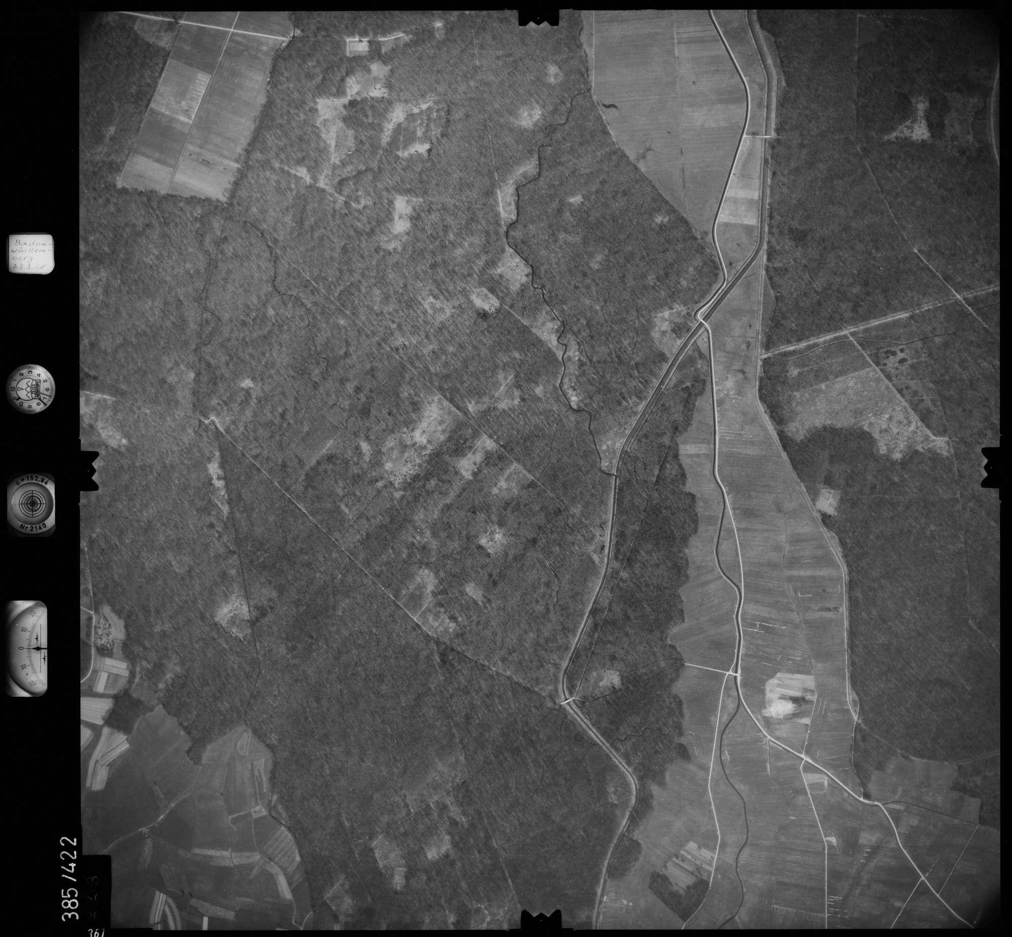 Luftbild: Film 24 Bildnr. 361, Bild 1