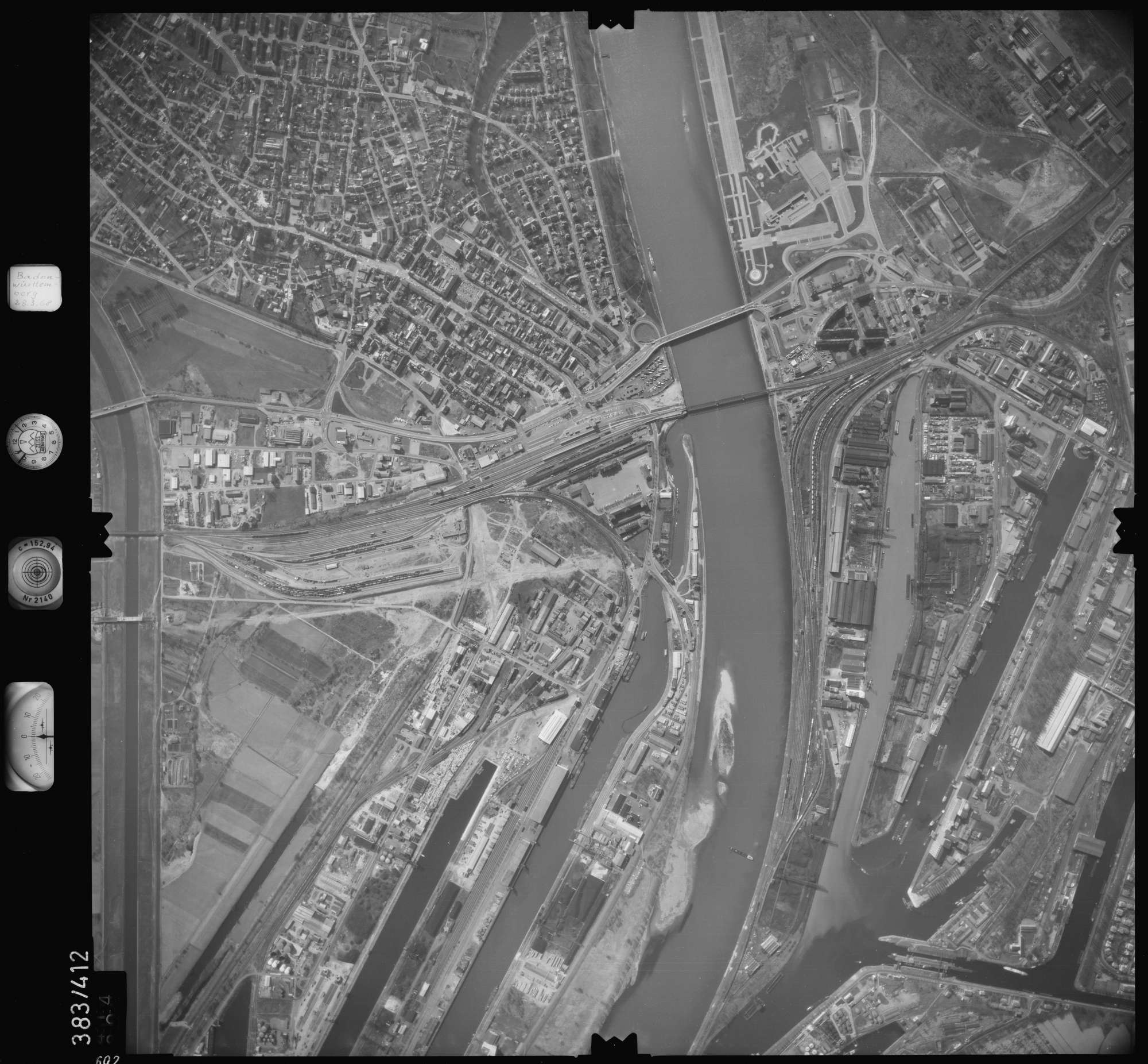 Luftbild: Film 24 Bildnr. 602, Bild 1