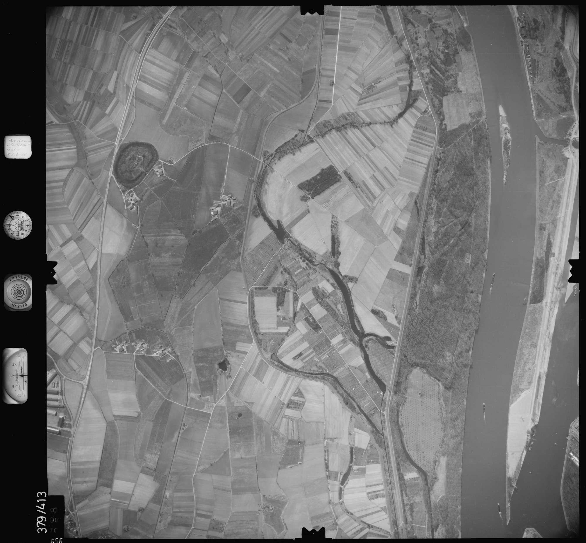 Luftbild: Film 24 Bildnr. 656, Bild 1