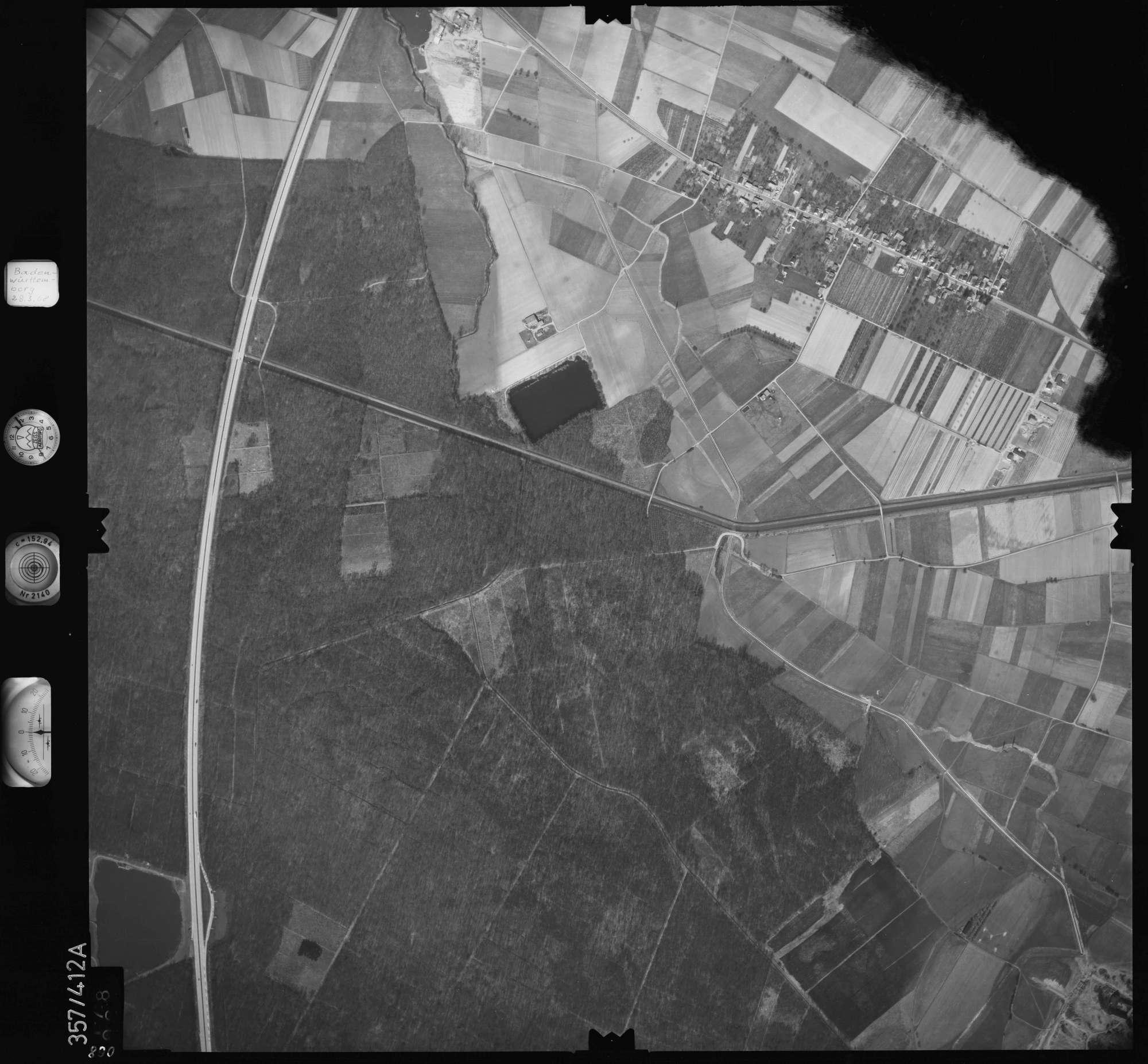Luftbild: Film 36 Bildnr. 68, Bild 1