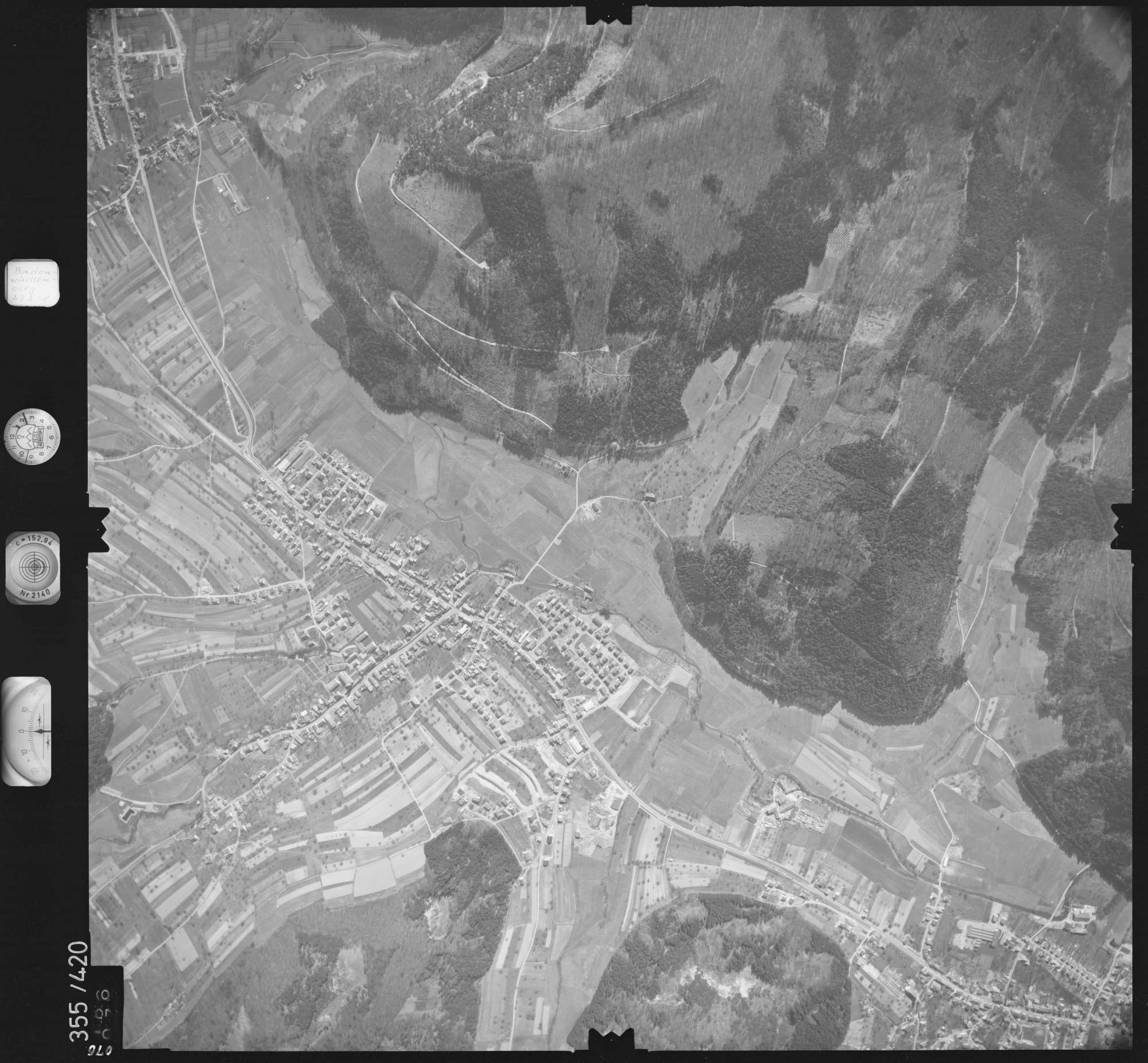Luftbild: Film 36 Bildnr. 76, Bild 1