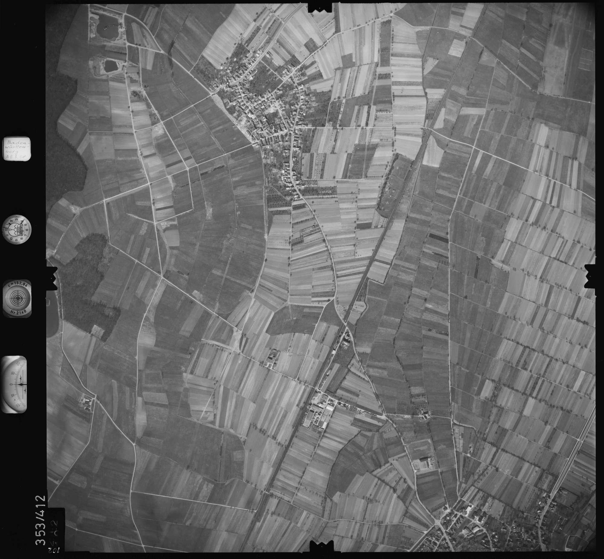 Luftbild: Film 36 Bildnr. 102, Bild 1