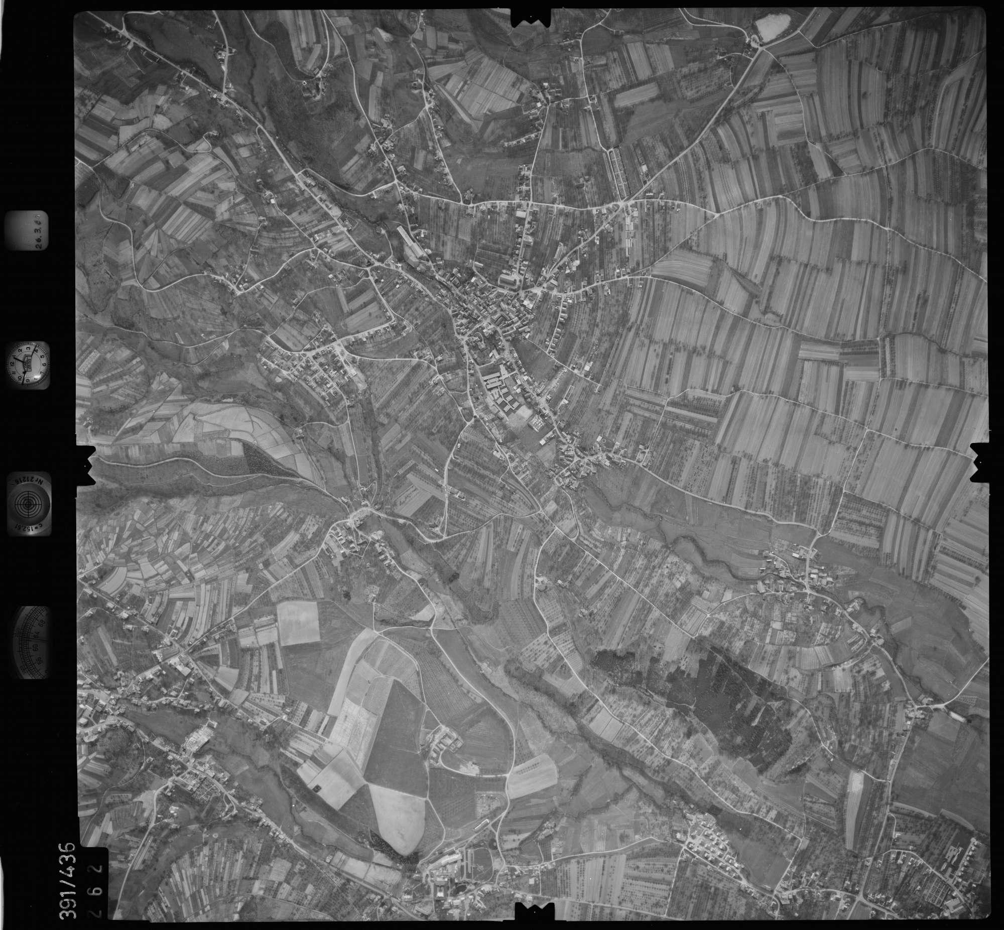 Luftbild: Film 19 Bildnr. 262, Bild 1