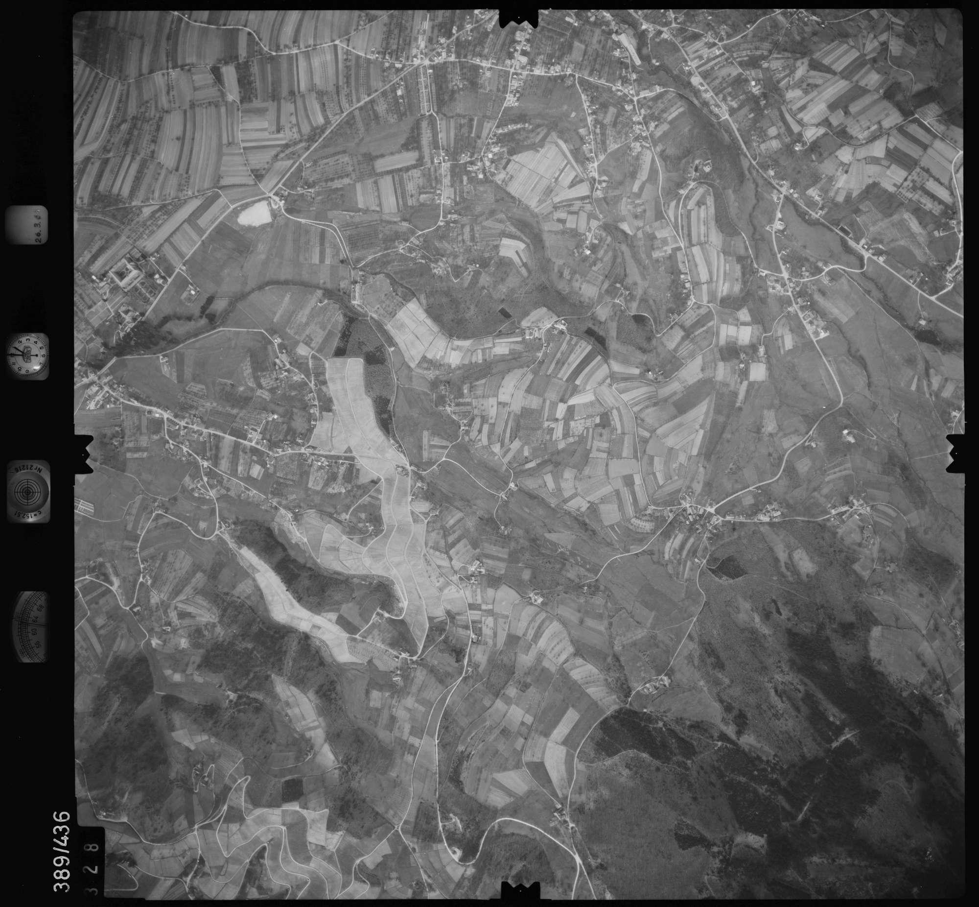 Luftbild: Film 20 Bildnr. 328, Bild 1