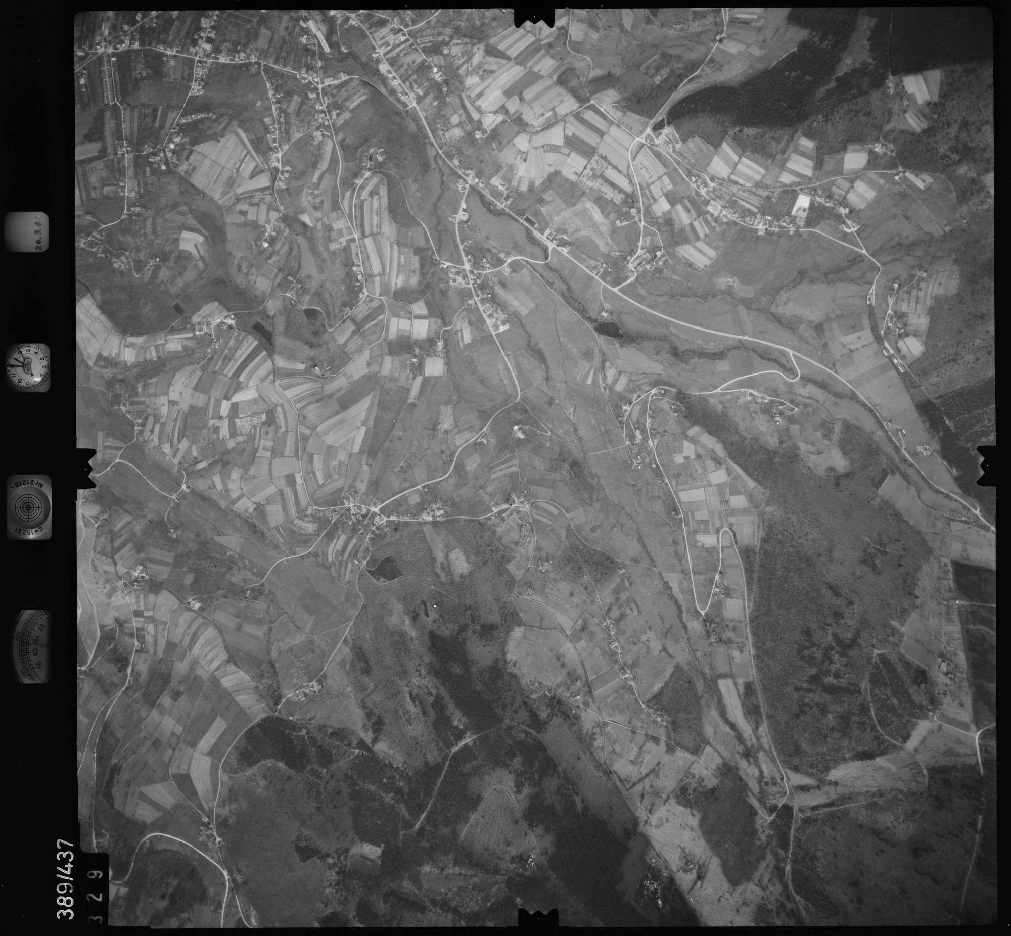 Luftbild: Film 20 Bildnr. 329, Bild 1