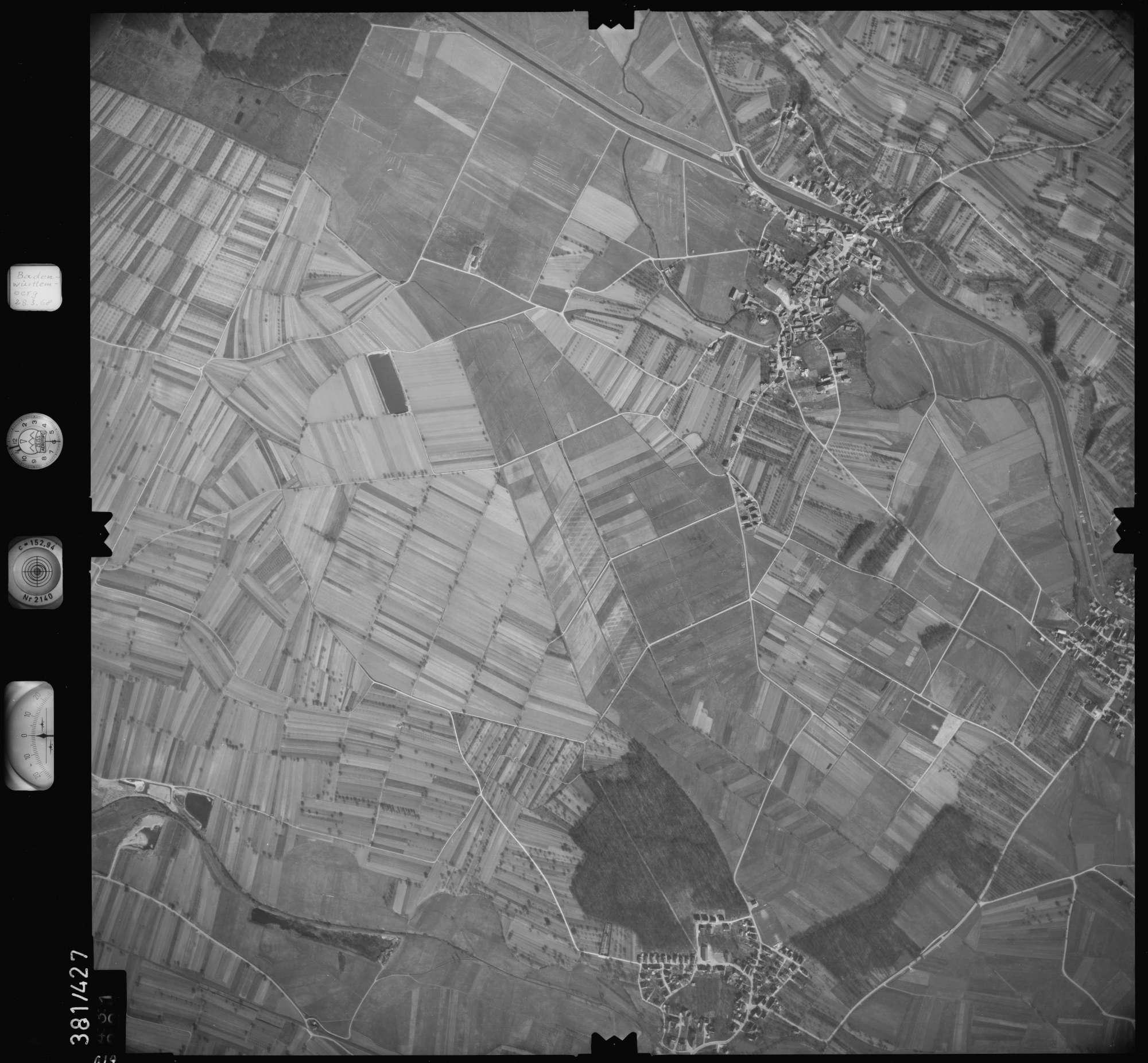 Luftbild: Film 24 Bildnr. 619, Bild 1