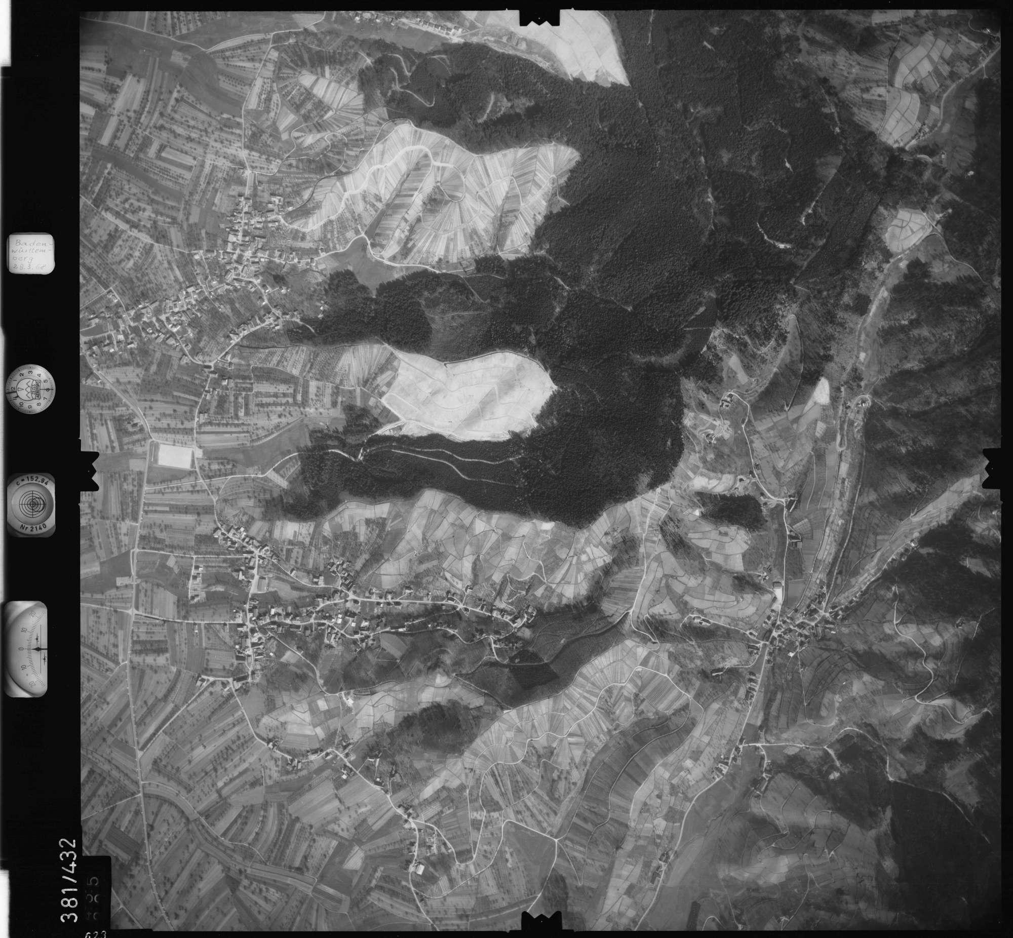 Luftbild: Film 24 Bildnr. 623, Bild 1