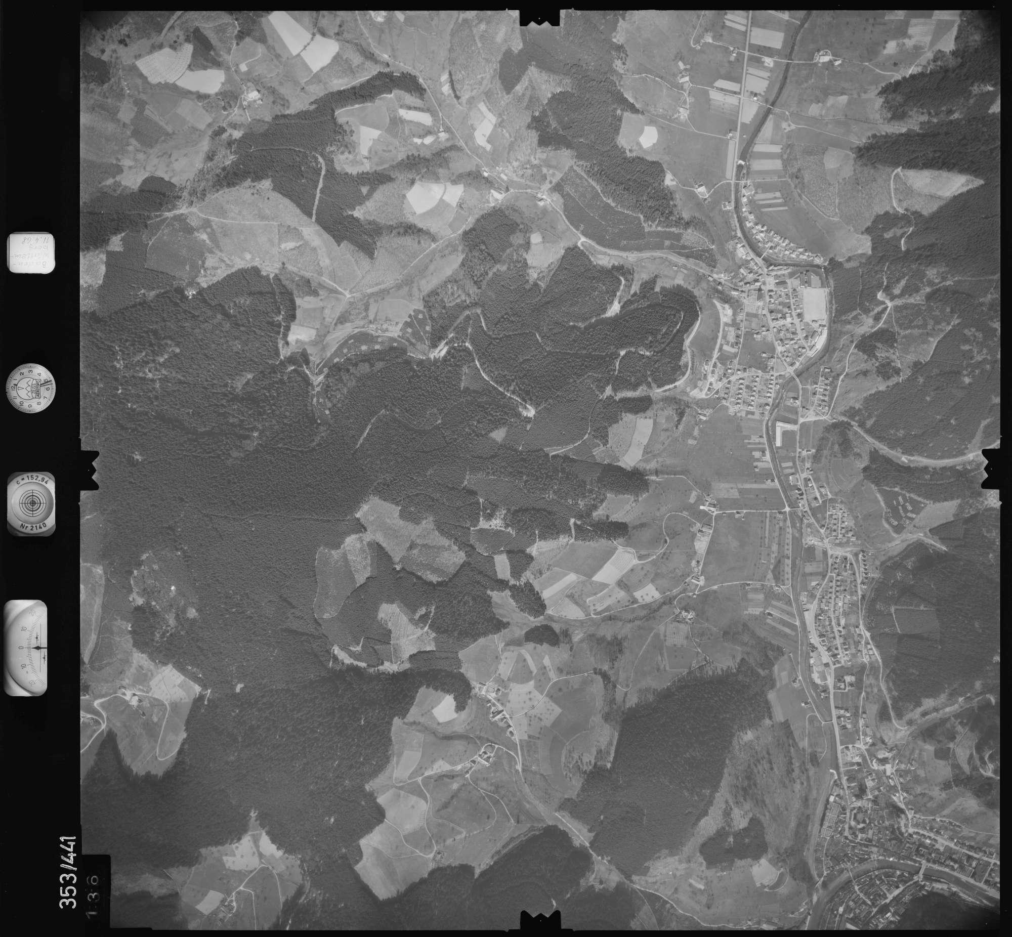 Luftbild: Film 37 Bildnr. 136, Bild 1