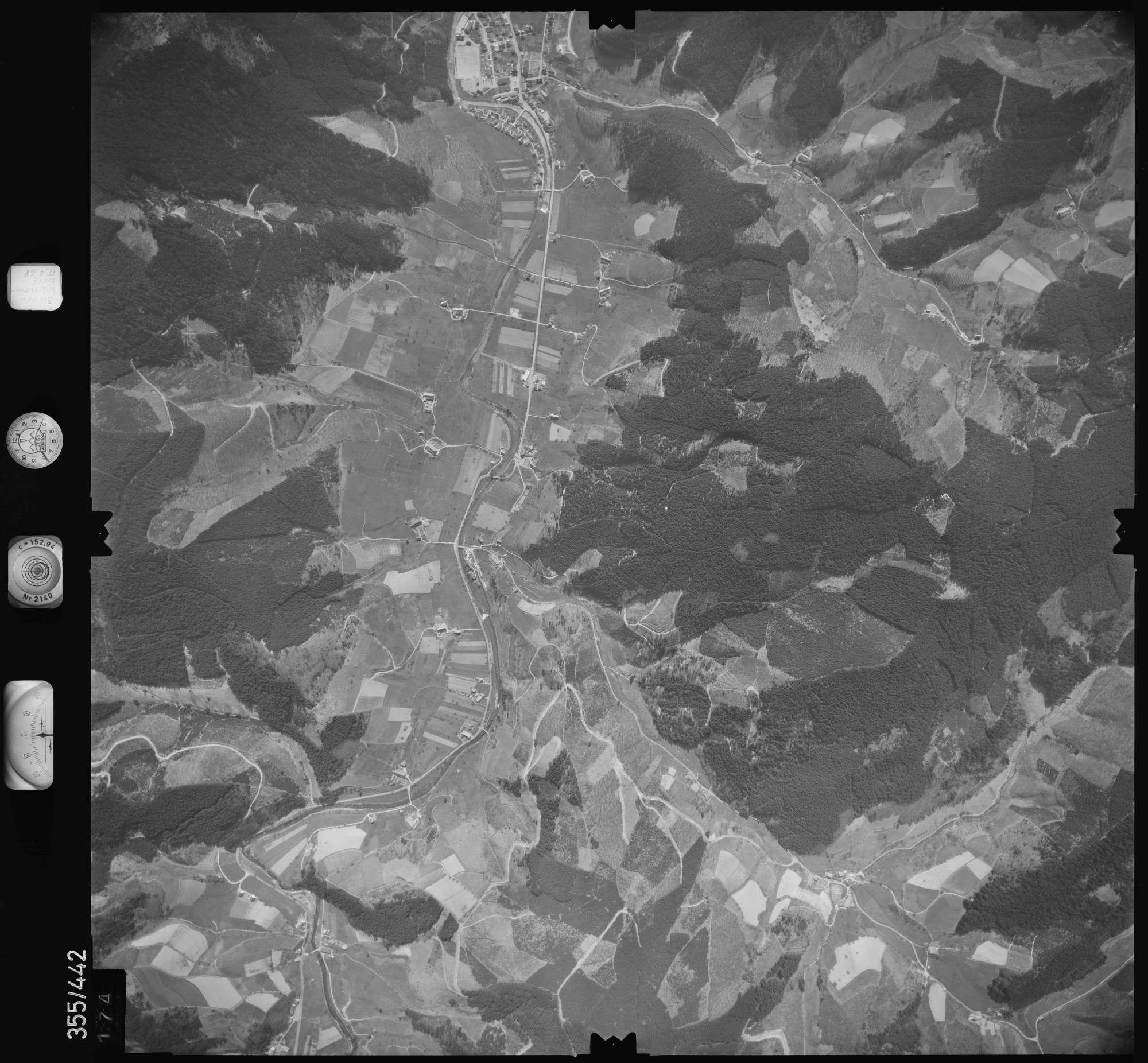 Luftbild: Film 37 Bildnr. 174, Bild 1