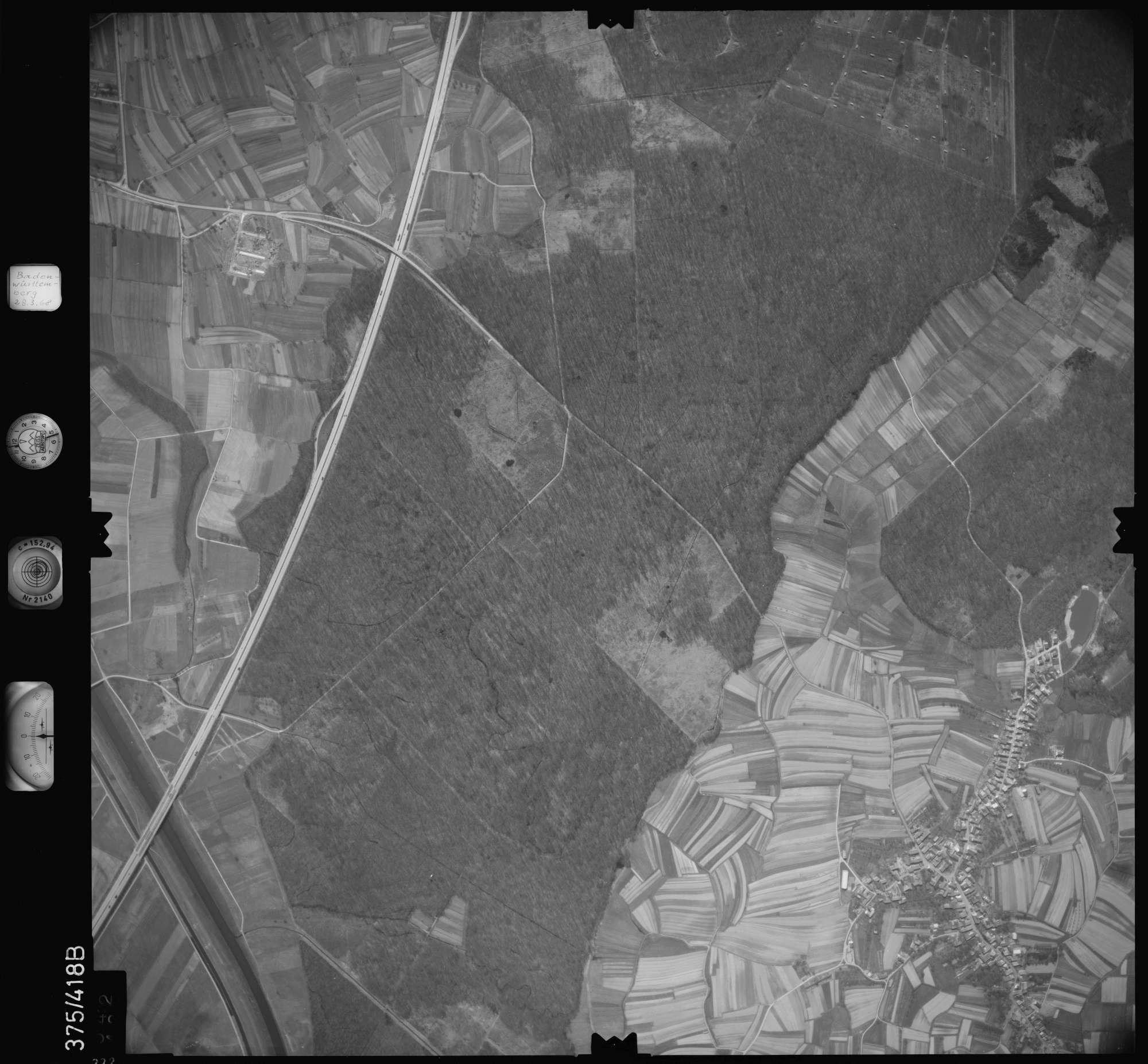Luftbild: Film 28 Bildnr. 332, Bild 1