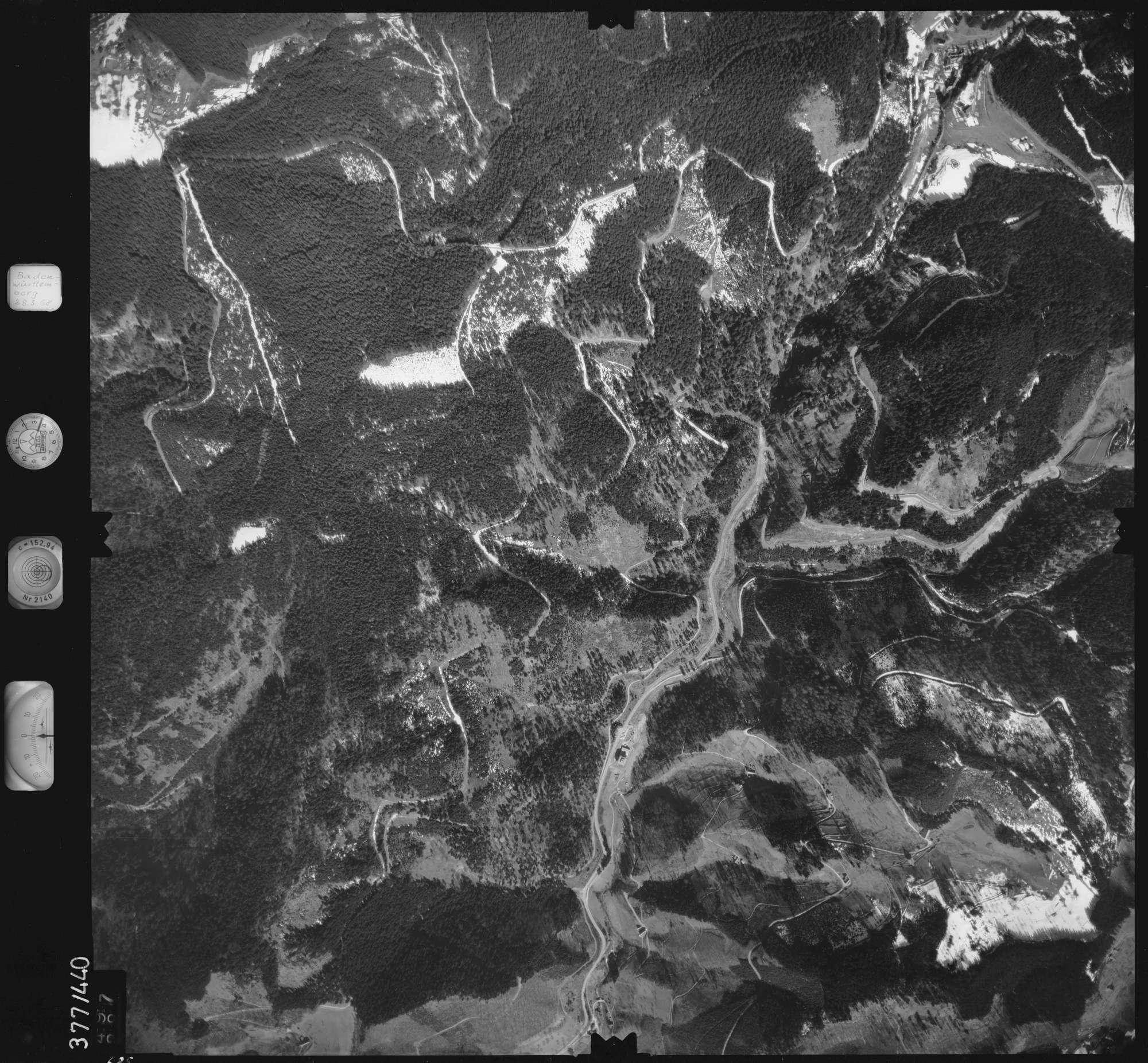 Luftbild: Film 24 Bildnr. 685, Bild 1