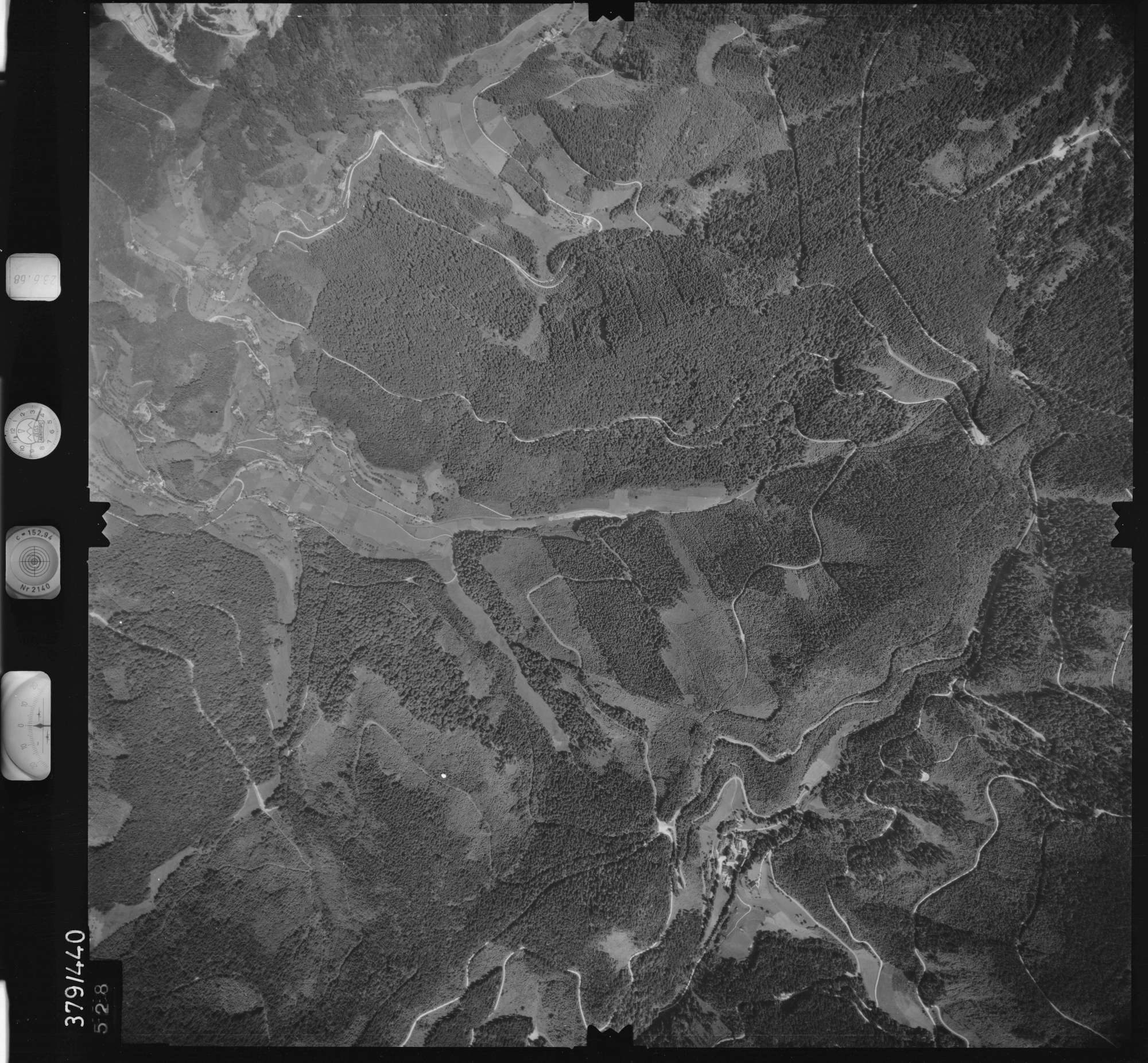 Luftbild: Film 29 Bildnr. 528, Bild 1