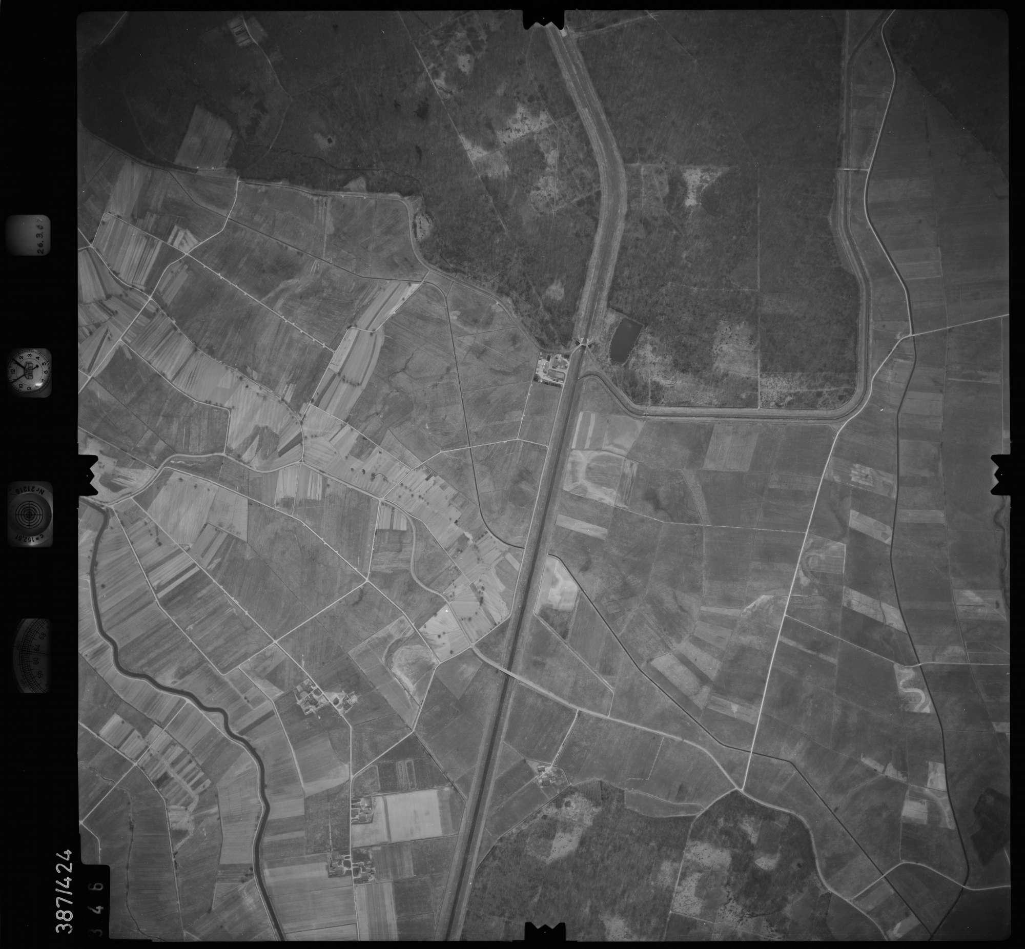 Luftbild: Film 20 Bildnr. 346, Bild 1
