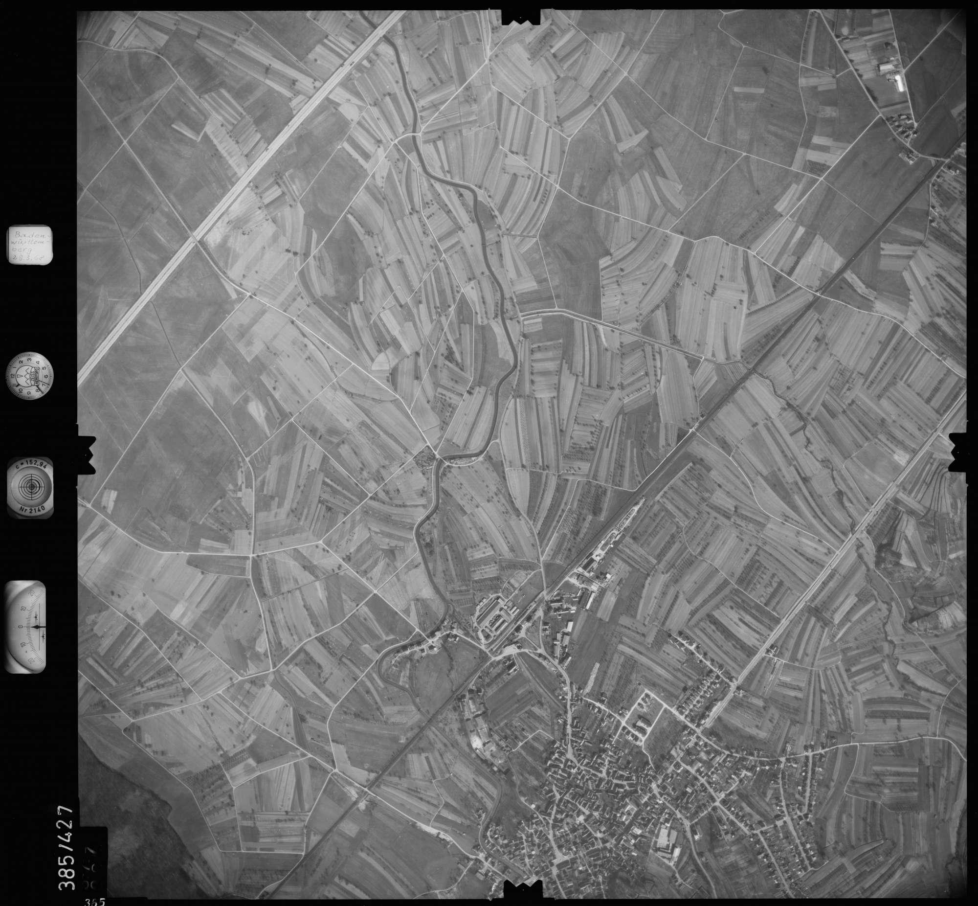 Luftbild: Film 24 Bildnr. 365, Bild 1