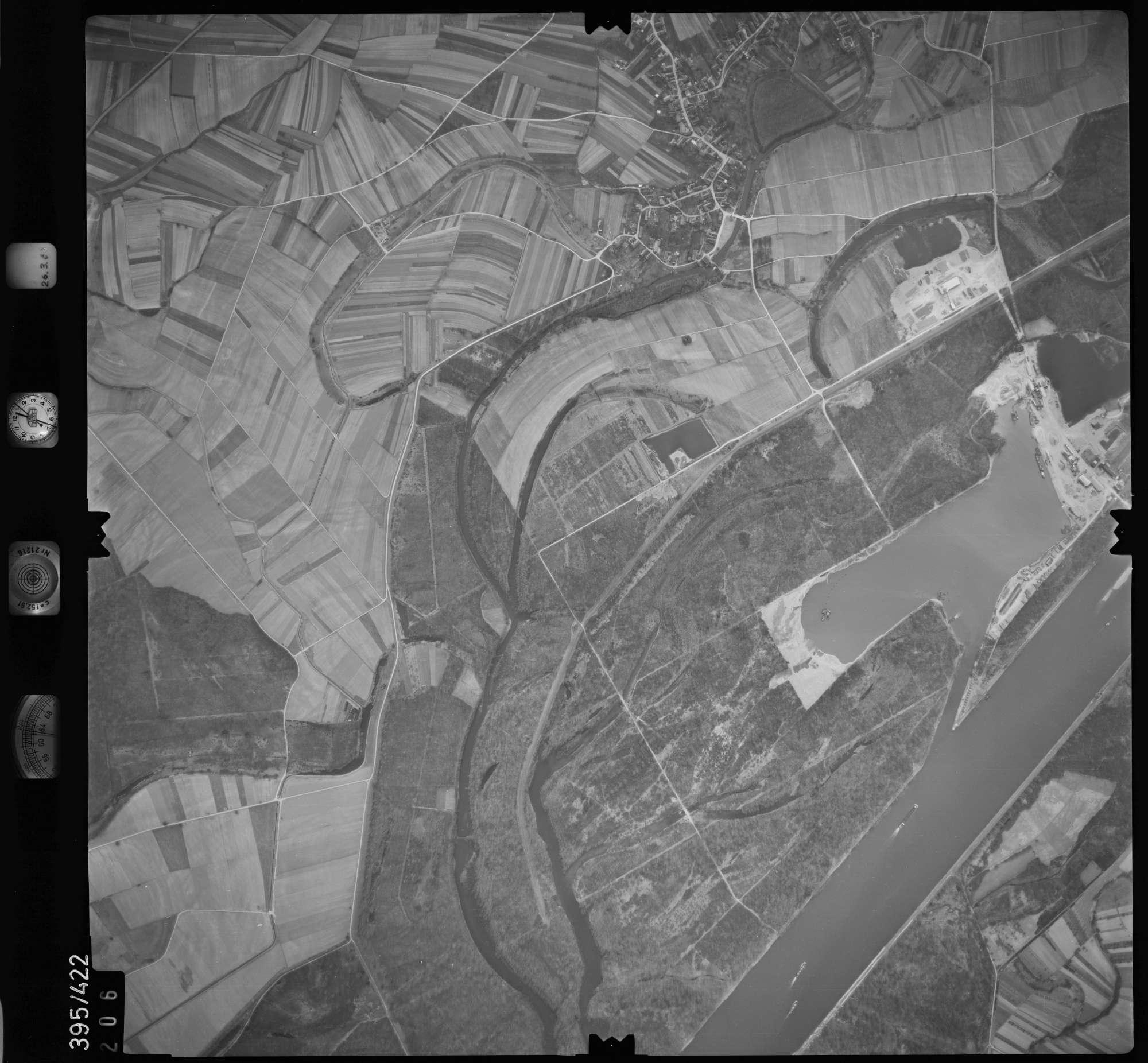 Luftbild: Film 8 Bildnr. 206, Bild 1
