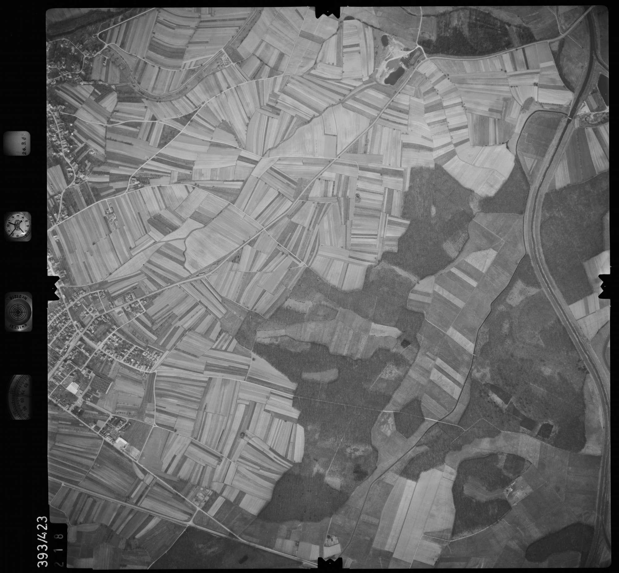 Luftbild: Film 8 Bildnr. 218, Bild 1