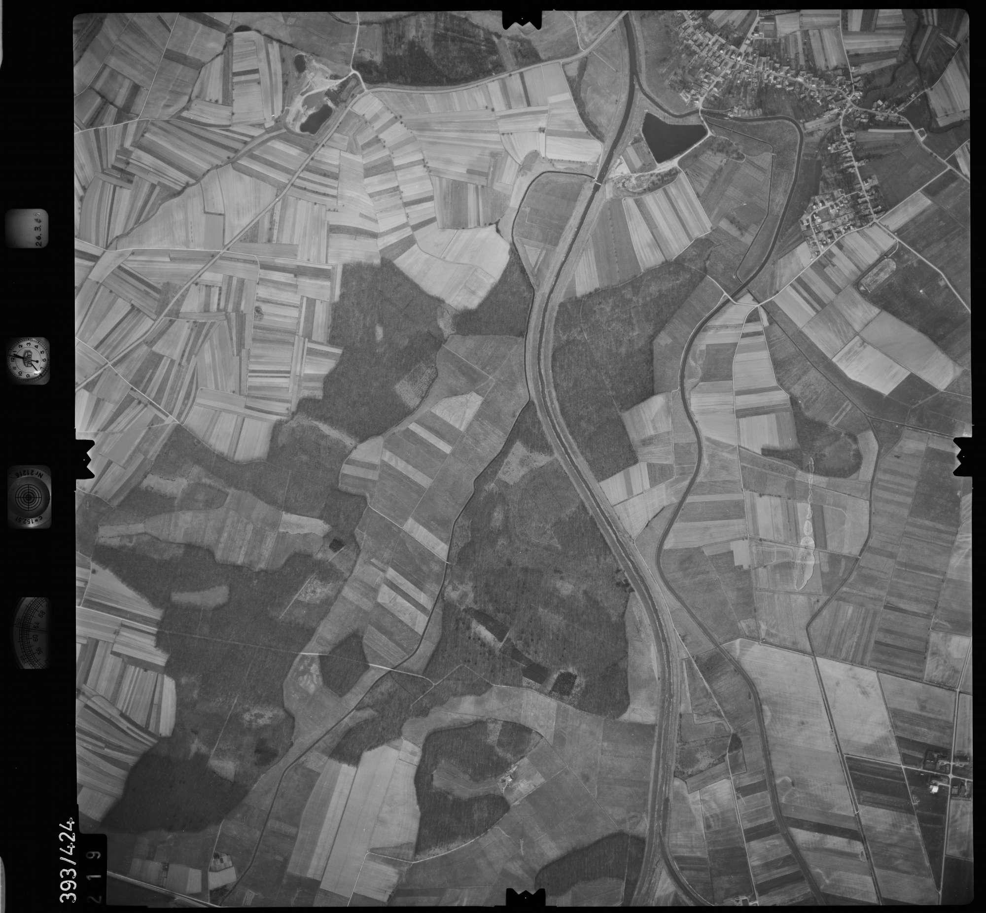 Luftbild: Film 8 Bildnr. 219, Bild 1