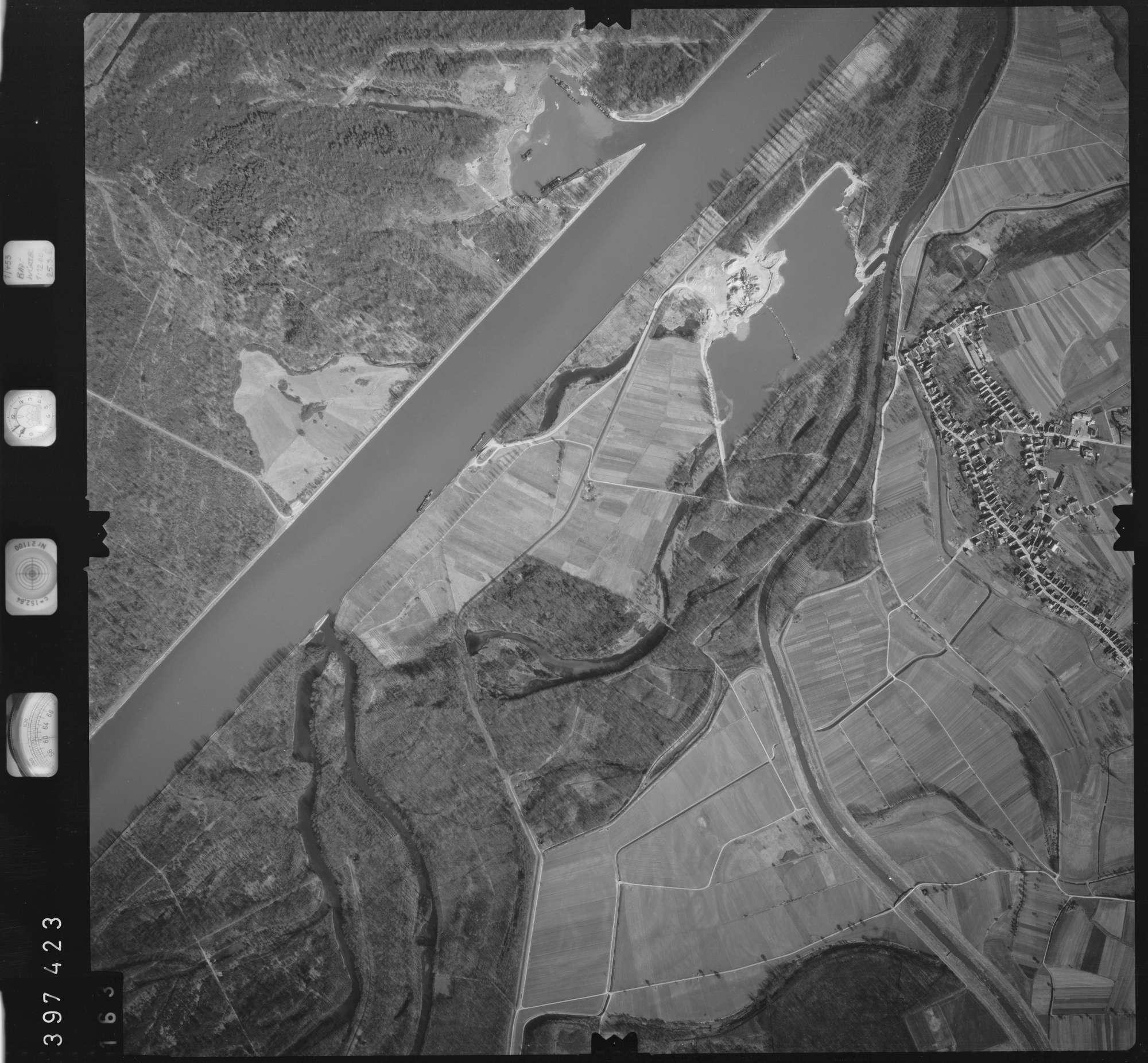 Luftbild: Film 17 Bildnr. 163, Bild 1
