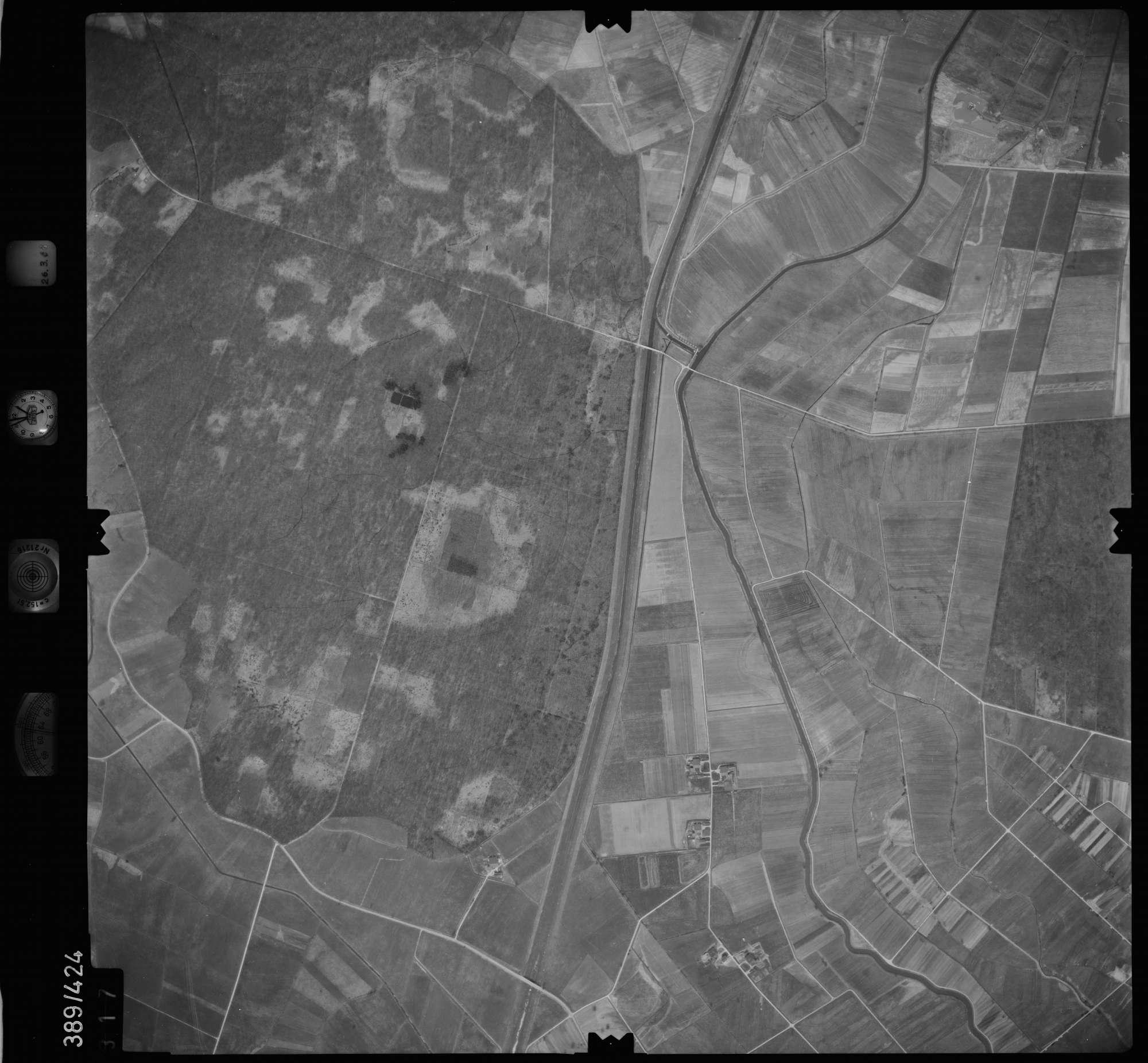 Luftbild: Film 20 Bildnr. 317, Bild 1